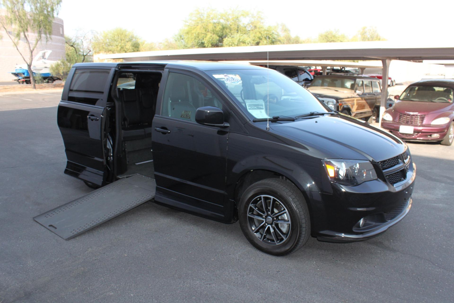 Used-2018-Dodge-Grand-Caravan-SXT-Rollx-Mobility-Conversion-Toyota