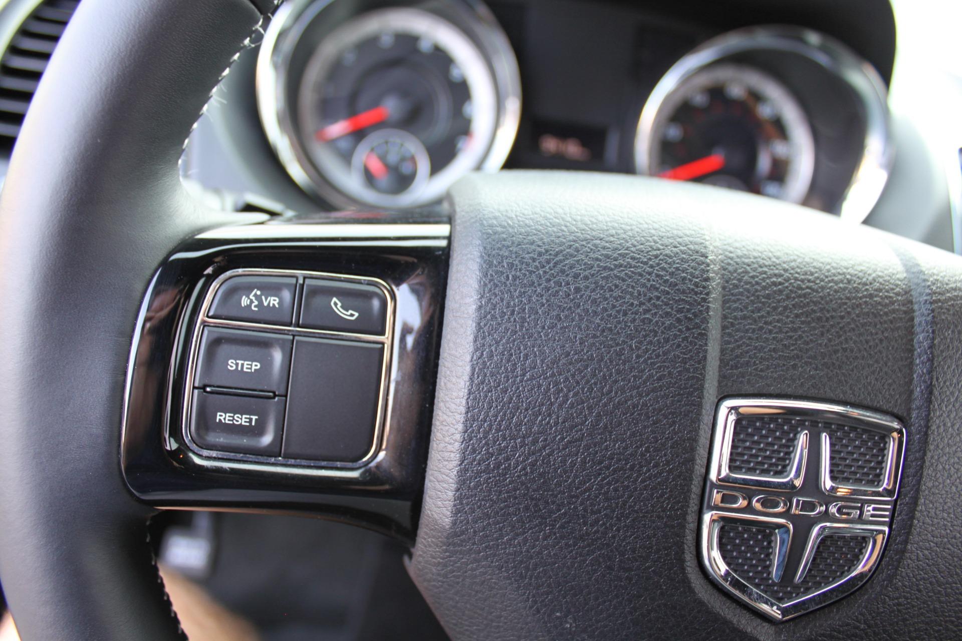 Used-2018-Dodge-Grand-Caravan-SXT-Rollx-Mobility-Conversion-Land-Rover
