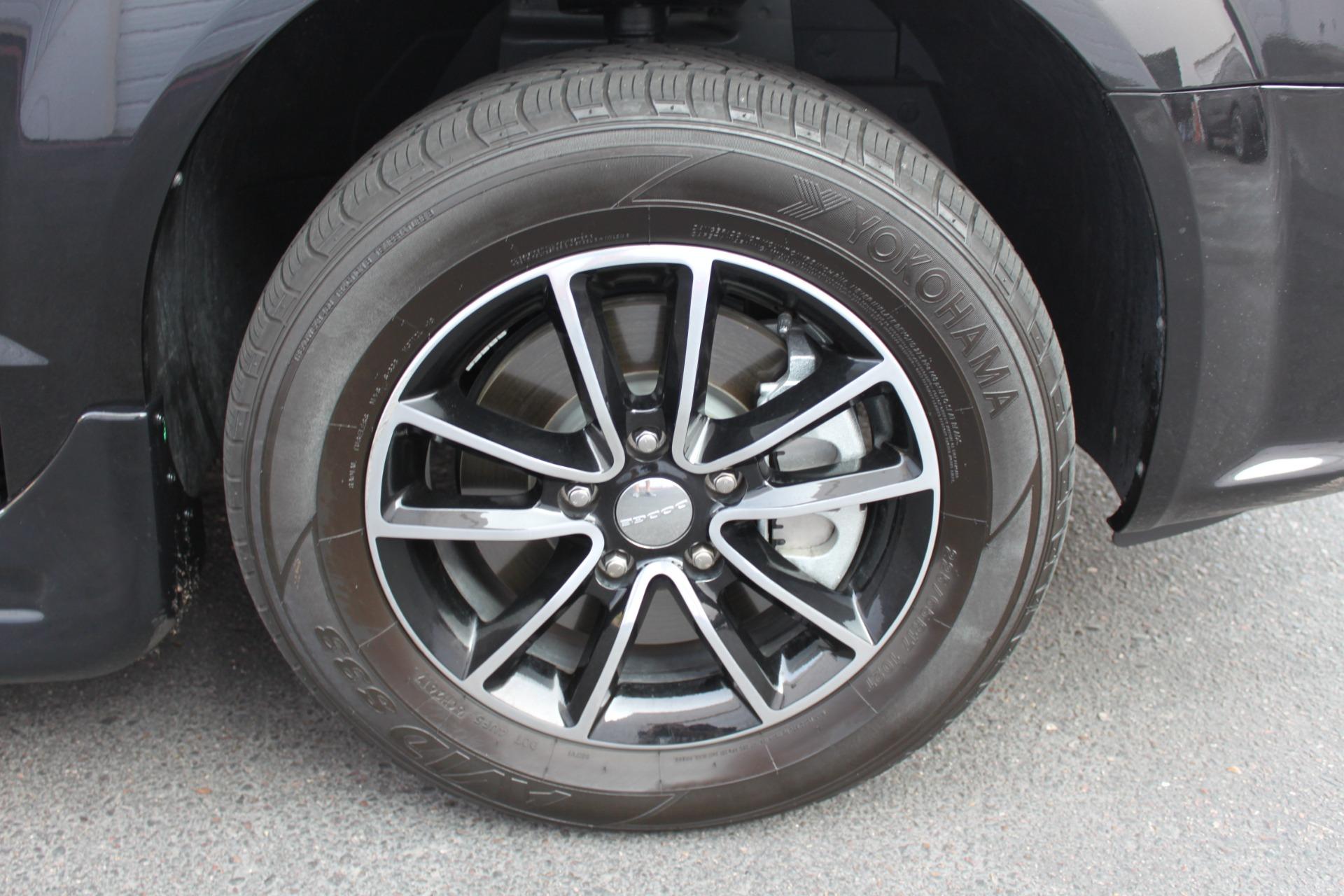 Used-2018-Dodge-Grand-Caravan-SXT-Rollx-Mobility-Conversion-Acura