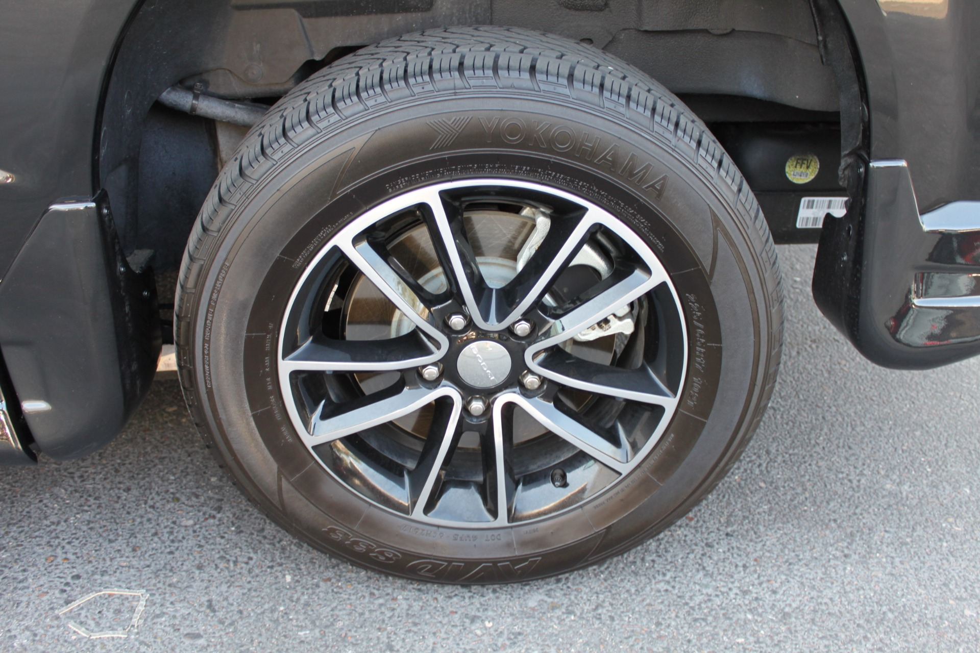 Used-2018-Dodge-Grand-Caravan-SXT-Rollx-Mobility-Conversion-Camaro