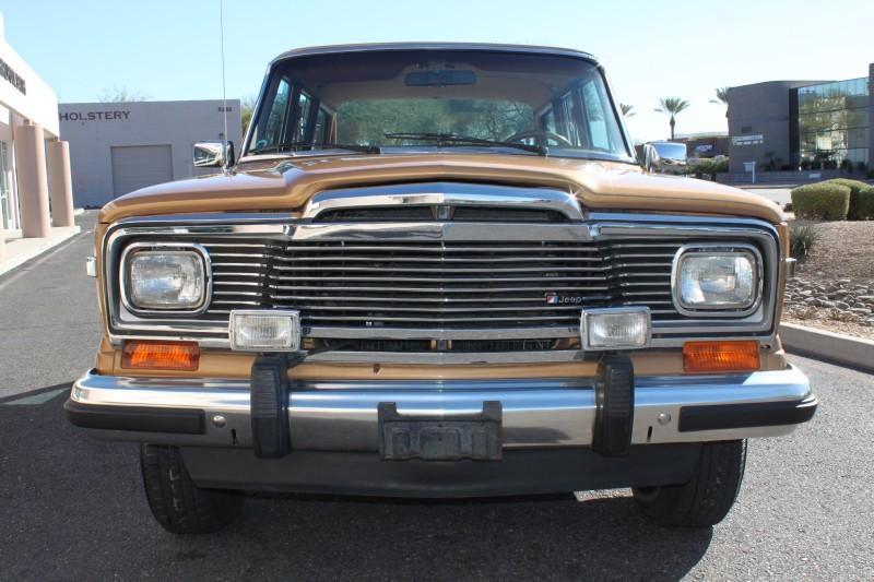 Used-1983-Jeep-Wagoneer-Limited-4X4-Cherokee