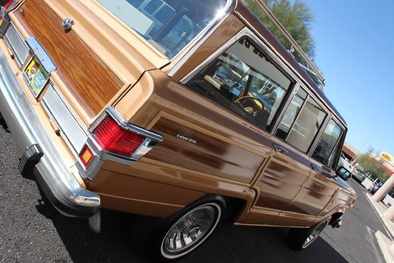Used-1983-Jeep-Wagoneer-Limited-4X4-4X4