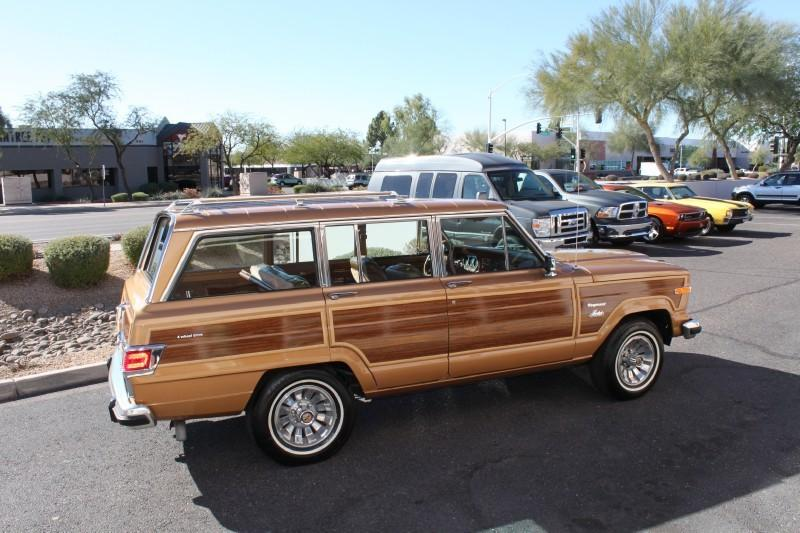 Used-1983-Jeep-Wagoneer-Limited-4X4-Chalenger