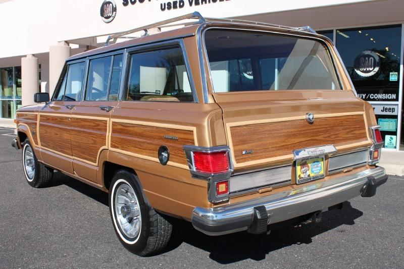 Used-1983-Jeep-Wagoneer-Limited-4X4-Audi-Service-Libertyville-IL