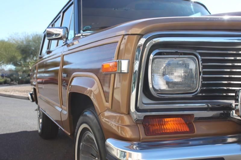 Used-1983-Jeep-Wagoneer-Limited-4X4-New-Honda-IL
