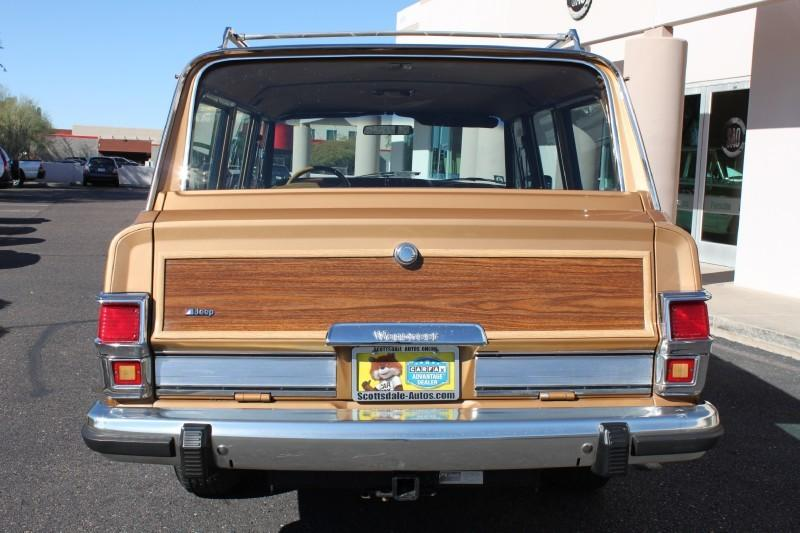 Used-1983-Jeep-Wagoneer-Limited-4X4-Classic