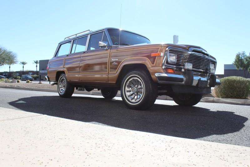 Used-1983-Jeep-Wagoneer-Limited-4X4-Used-car-deals-Lake-County-IL
