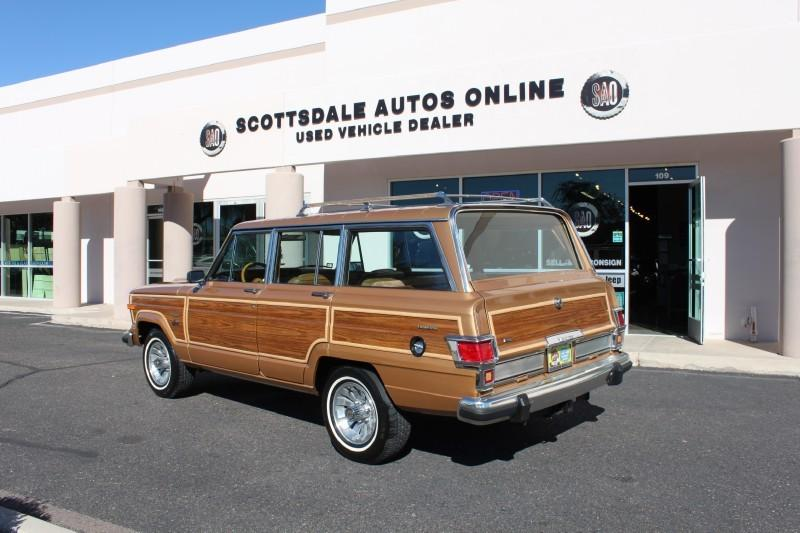 Used-1983-Jeep-Wagoneer-Limited-4X4-for-sale-in-IL
