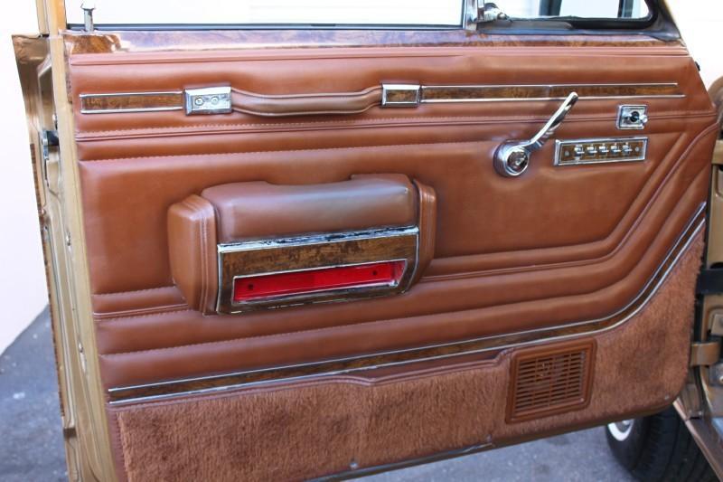 Used-1983-Jeep-Wagoneer-Limited-4X4-Luxury-Cars-Lake-County