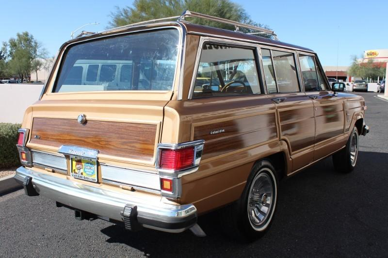 Used-1983-Jeep-Wagoneer-Limited-4X4-Collector