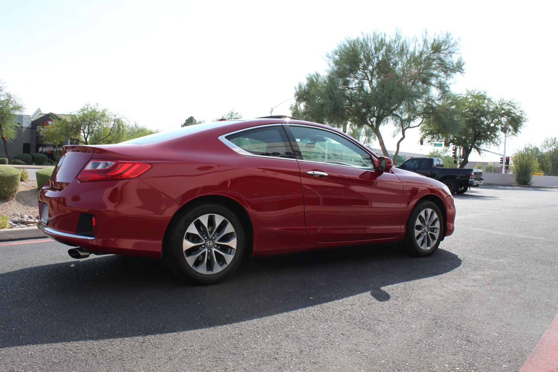 Used-2013-Honda-Accord-Coupe-EX-L-w/Nav-Fiat