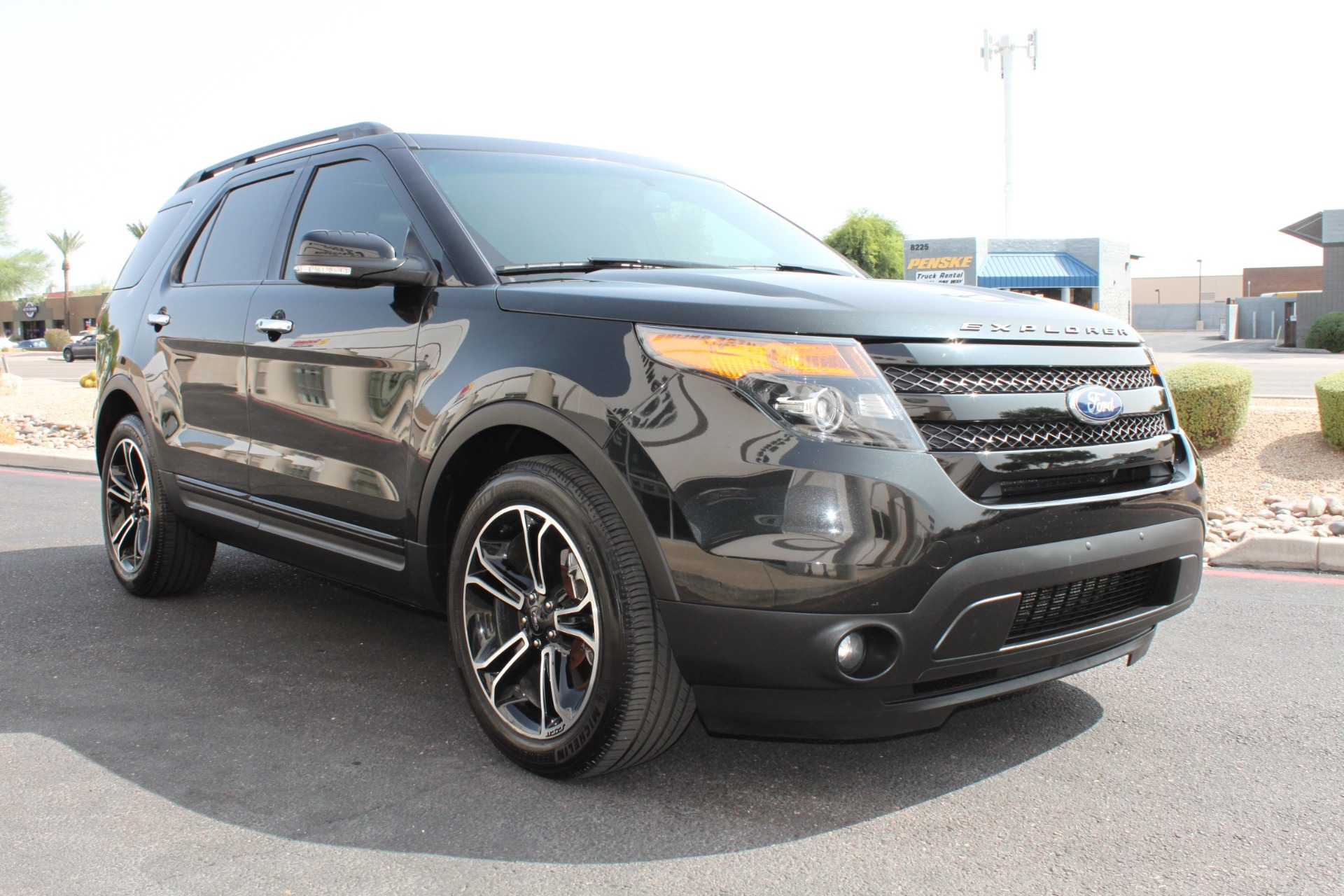 Used-2014-Ford-Explorer-Sport-4WD-Mercedes-Benz