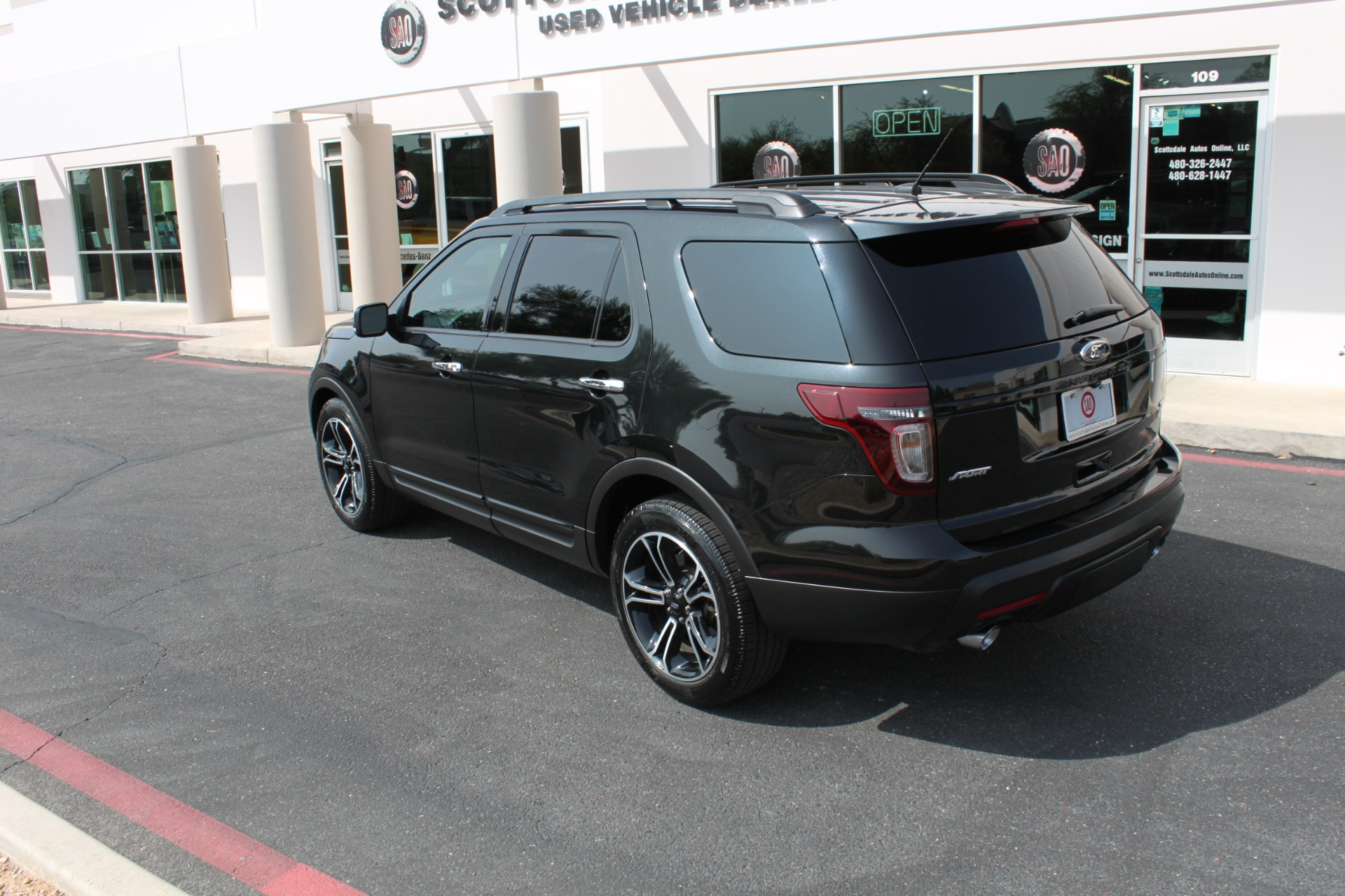 Used-2014-Ford-Explorer-Sport-4WD-LS400