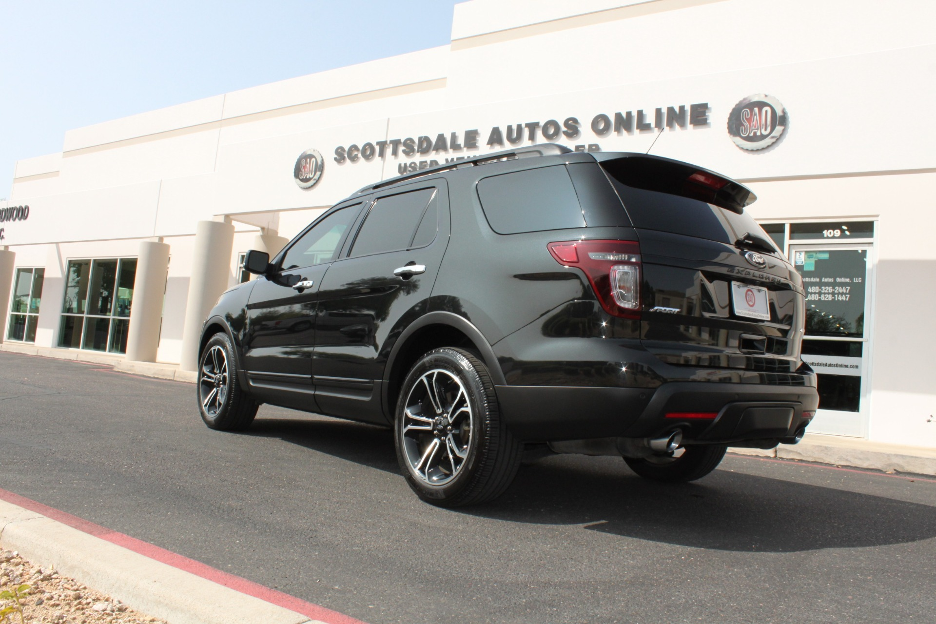 Used-2014-Ford-Explorer-Sport-4WD-LS430