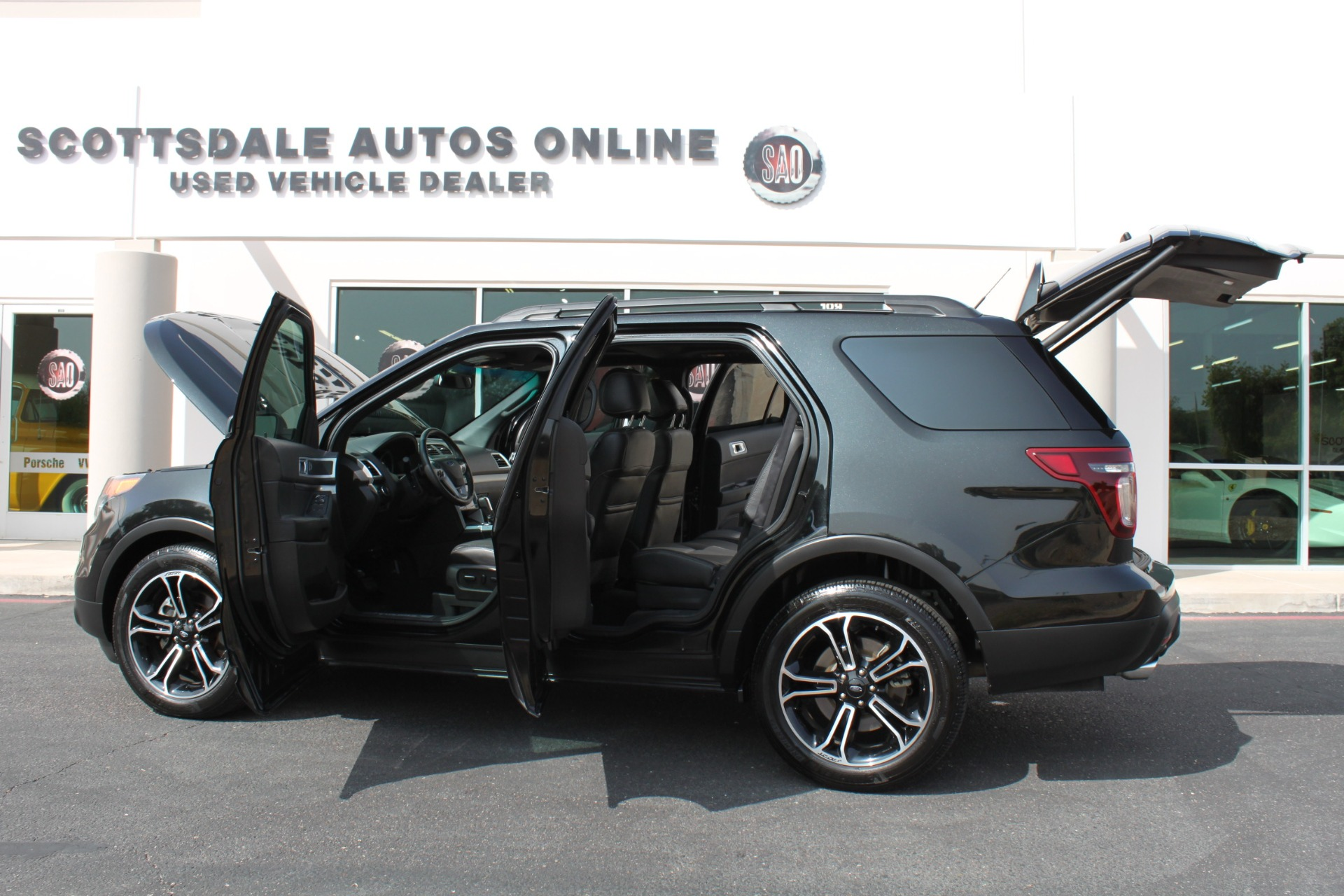 Used-2014-Ford-Explorer-Sport-4WD-Ford