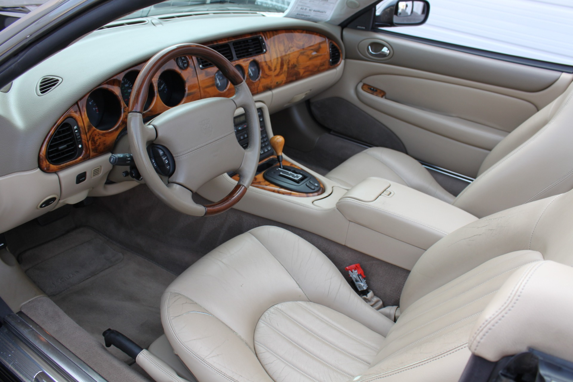 Used-2002-Jaguar-XK8-Convertible-XK8-vintage