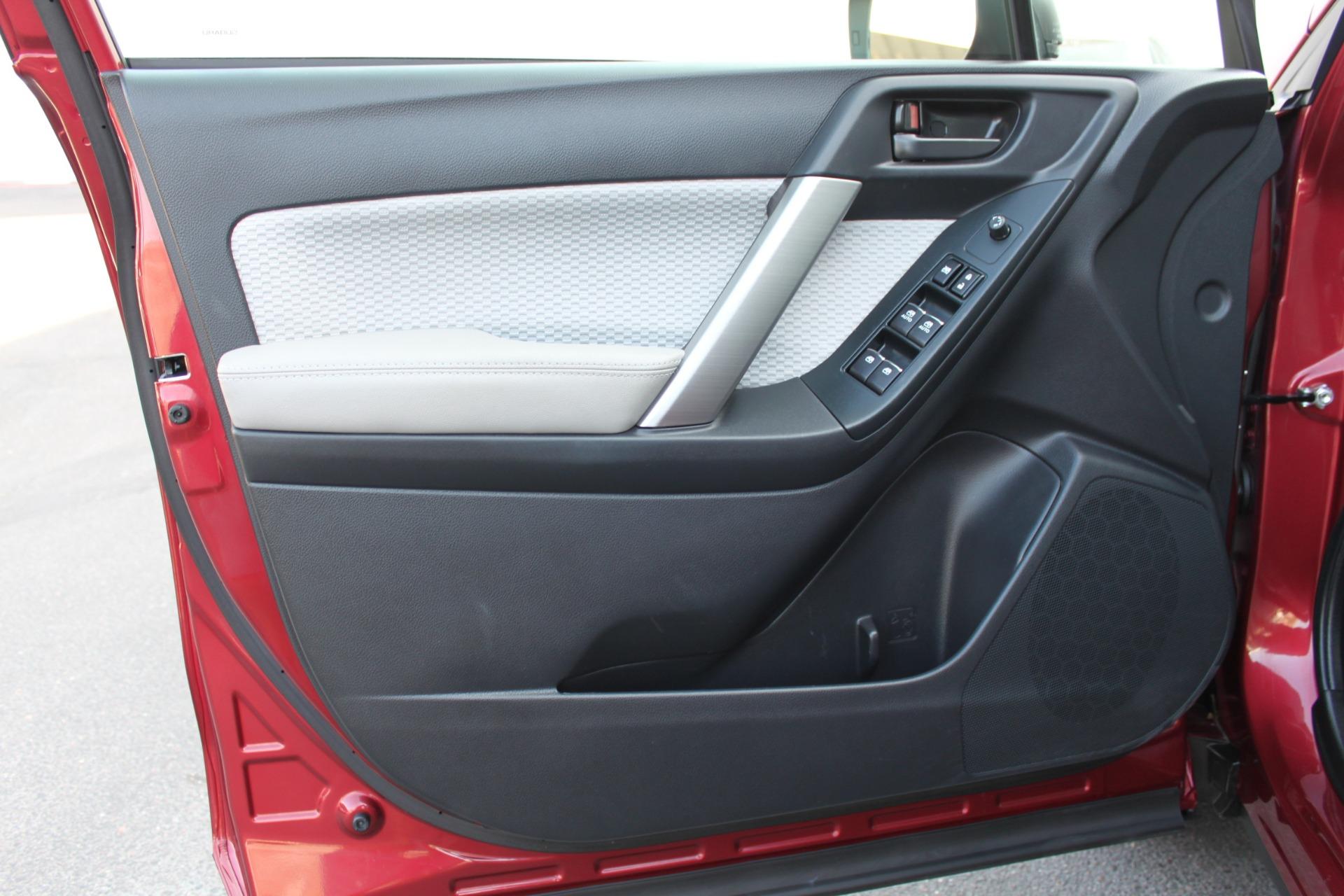 Used-2017-Subaru-Forester-25i-All-Wheel-Drive-25i-XJ