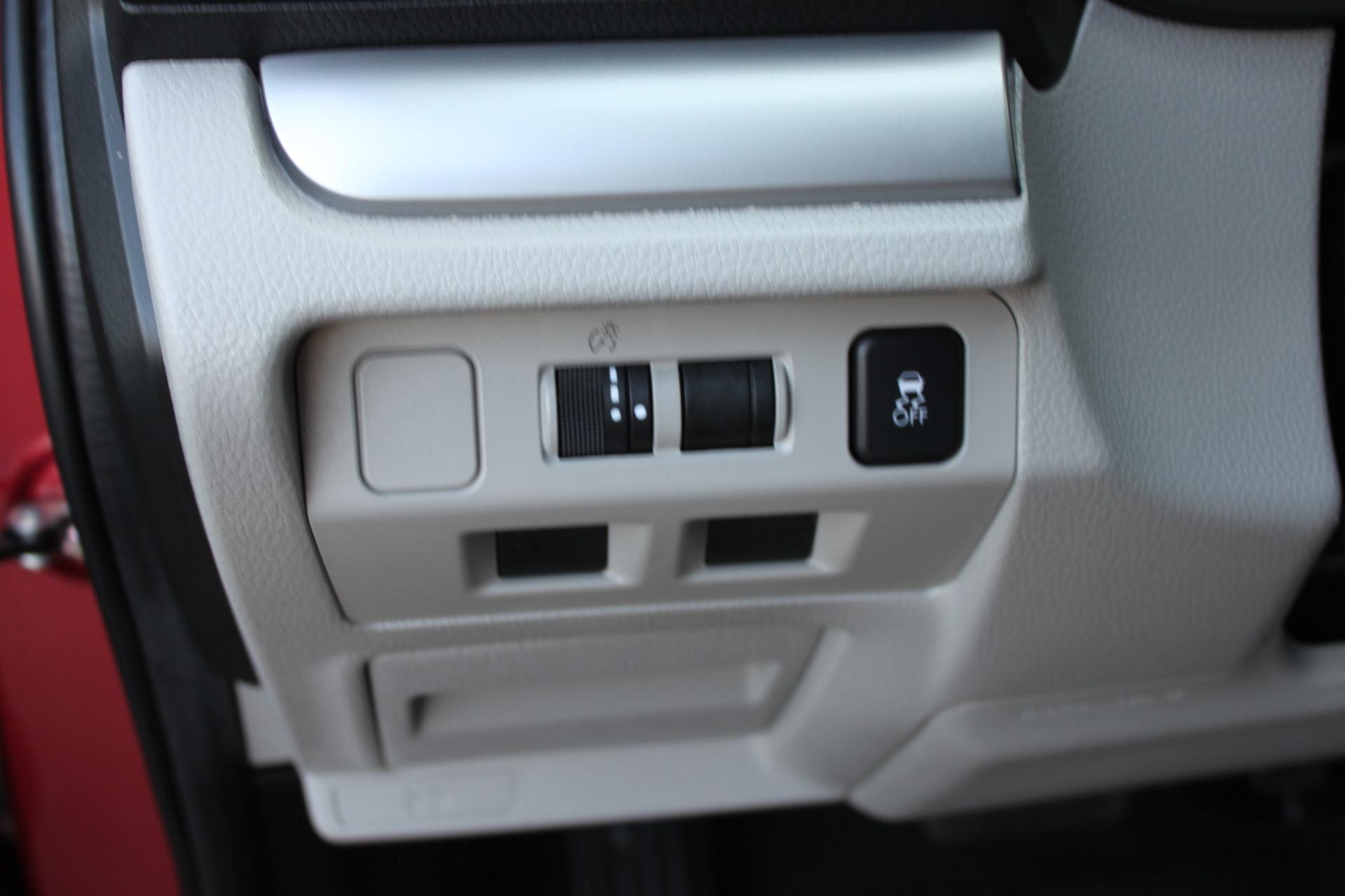 Used-2017-Subaru-Forester-25i-All-Wheel-Drive-25i-Tesla