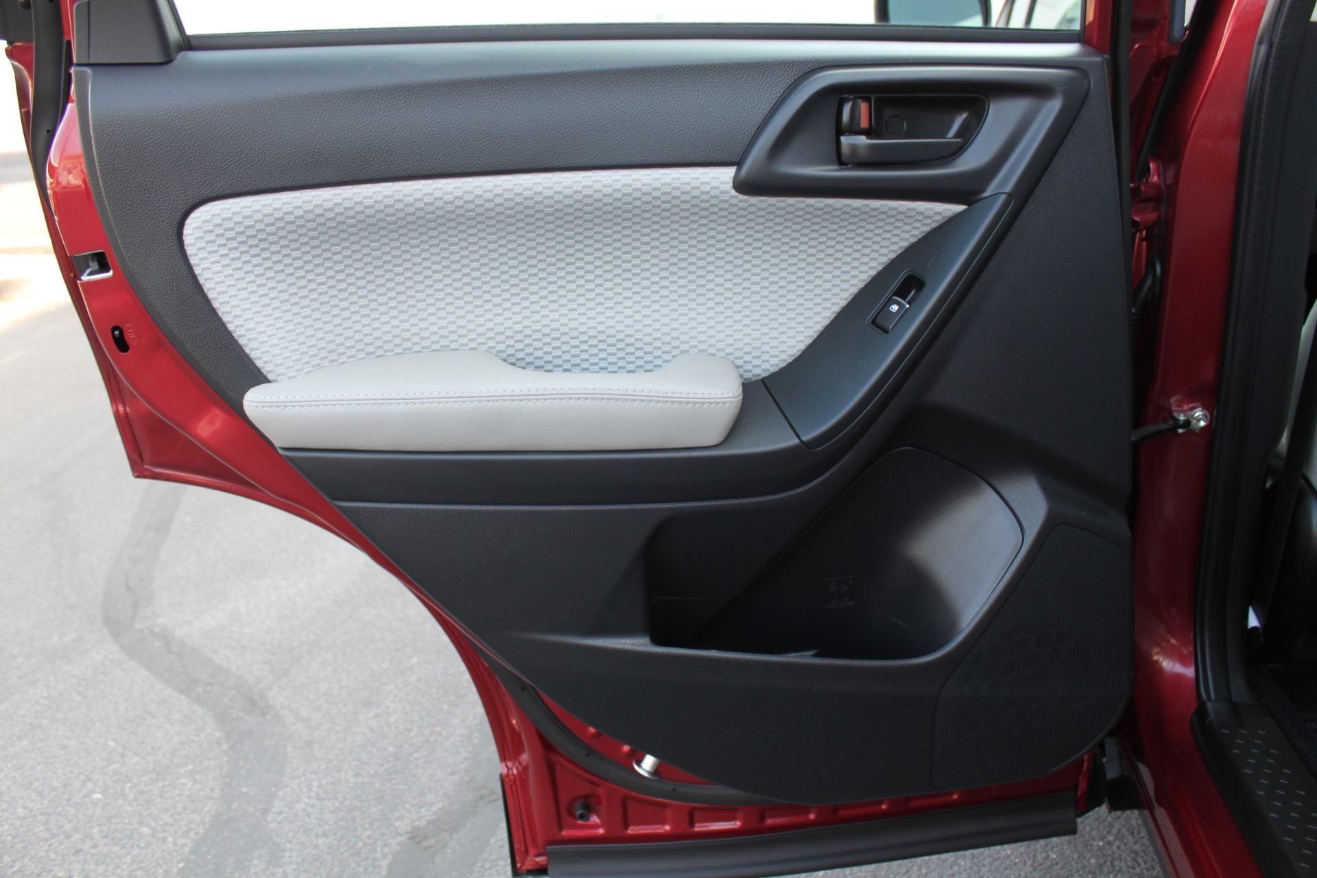 Used-2017-Subaru-Forester-25i-All-Wheel-Drive-25i-Grand-Cherokee
