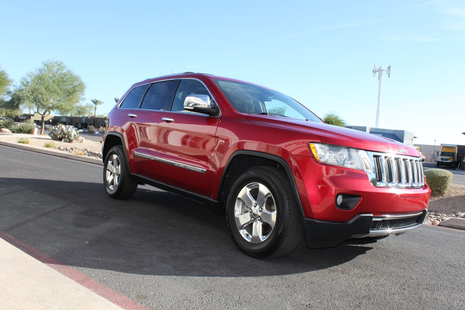 Used-2011-Jeep-Grand-Cherokee-Limited-Chevrolet
