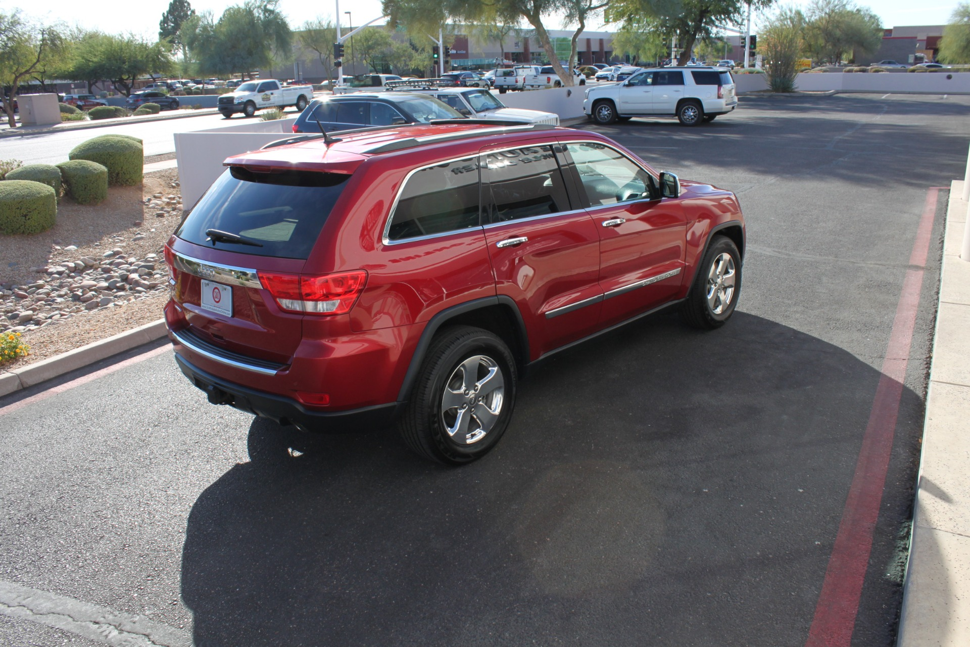 Used-2011-Jeep-Grand-Cherokee-Limited-Chevelle