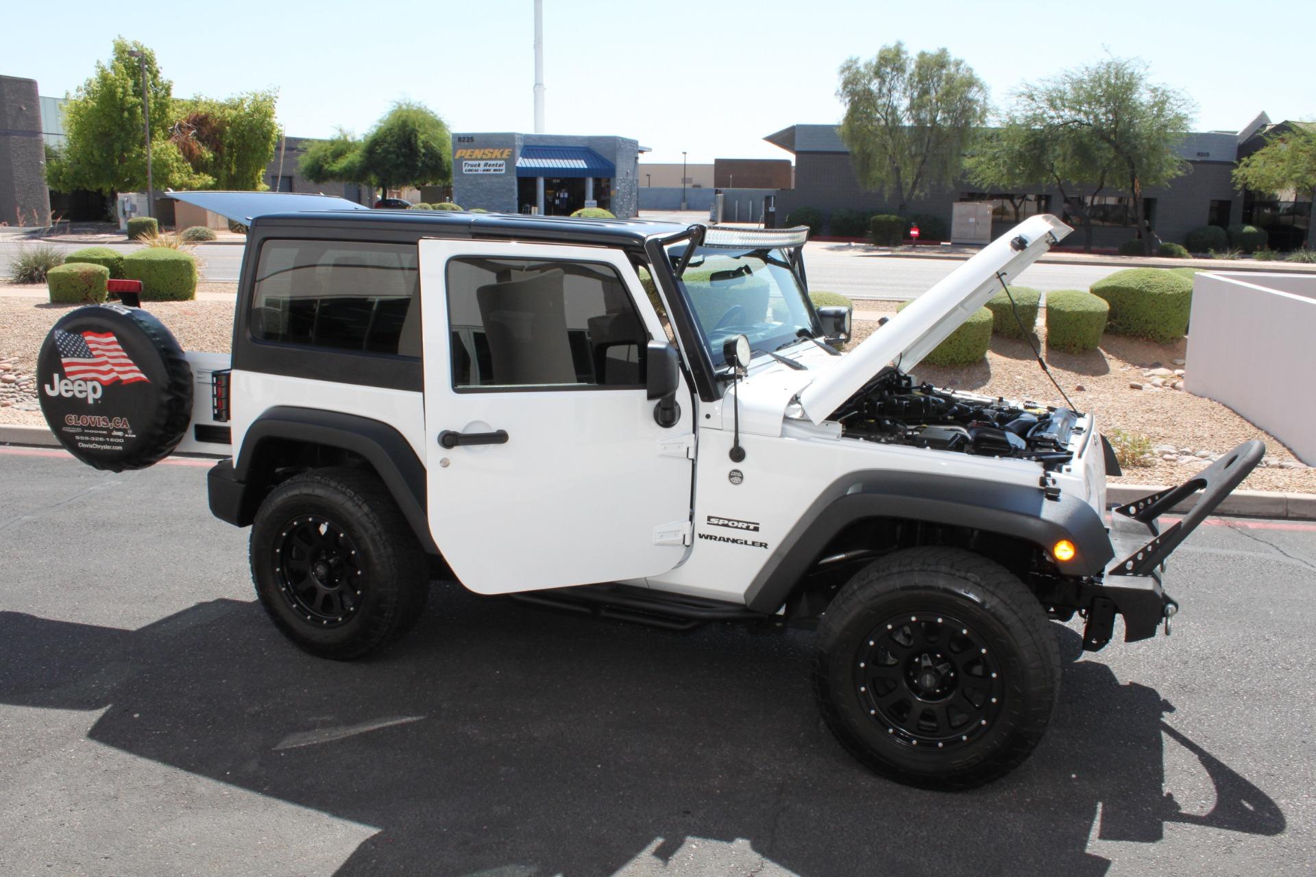 Used-2014-Jeep-Wrangler-Sport-4X4-Honda