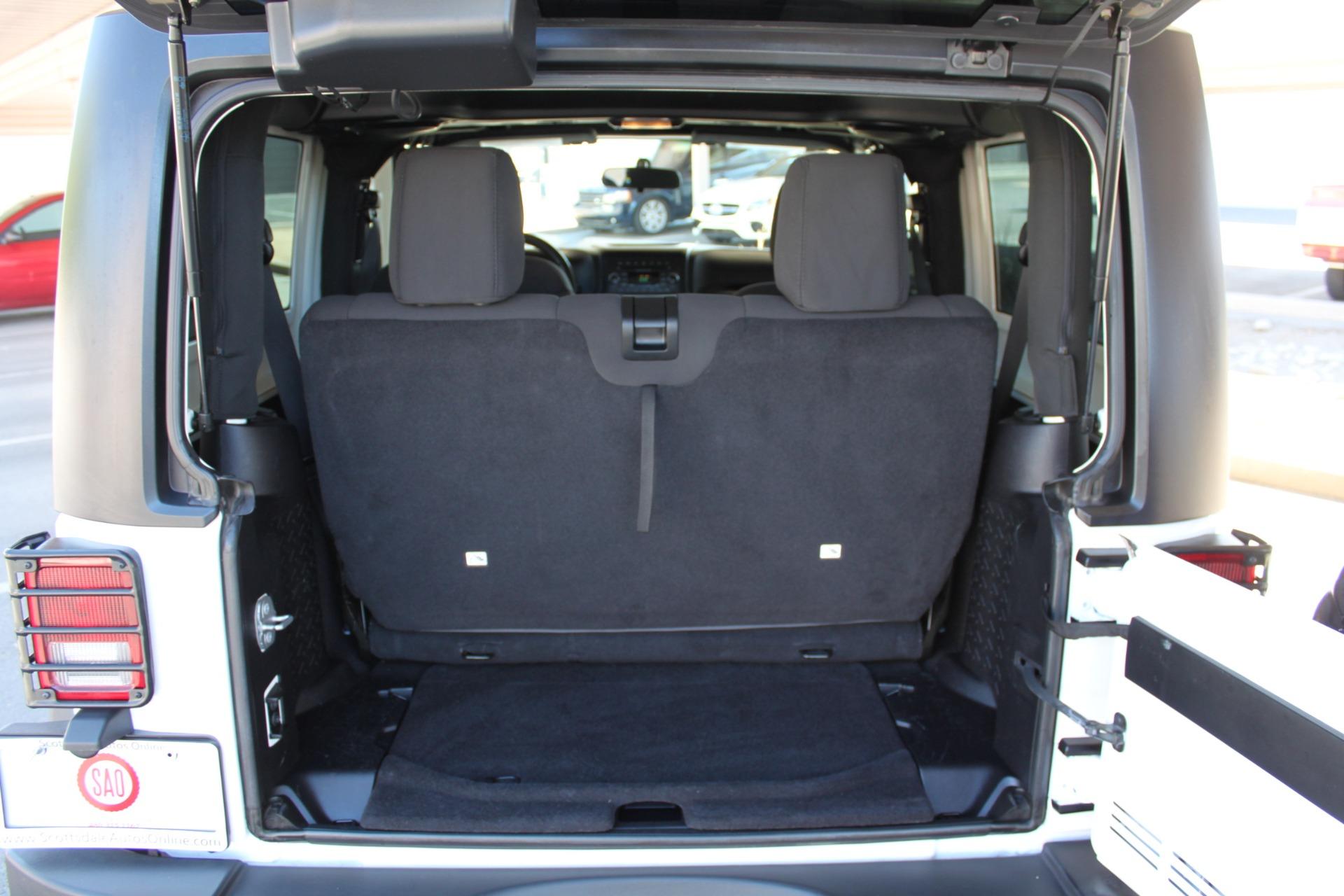 Used-2014-Jeep-Wrangler-Sport-4X4-Acura