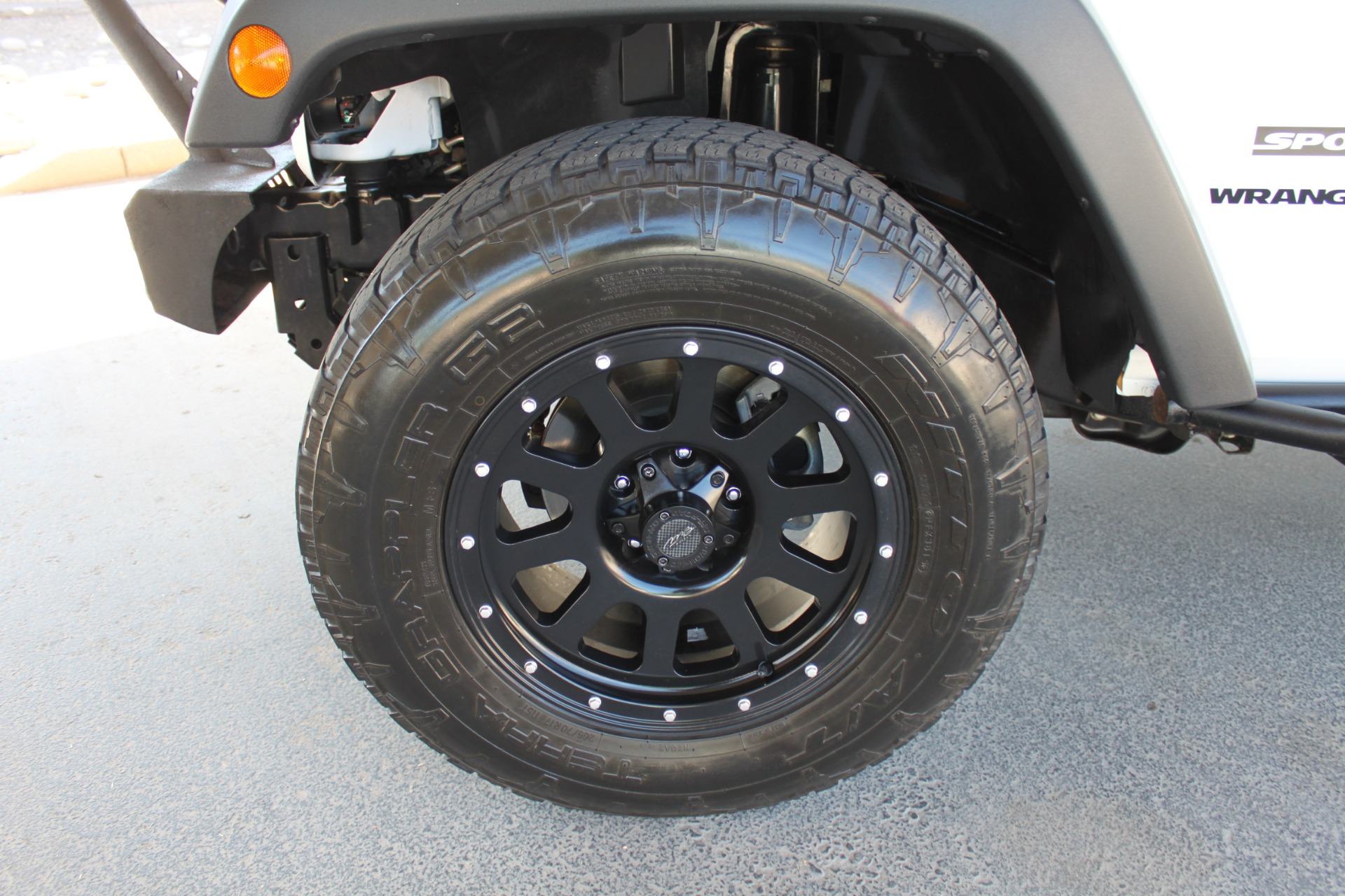 Used-2014-Jeep-Wrangler-Sport-4X4-Chevelle