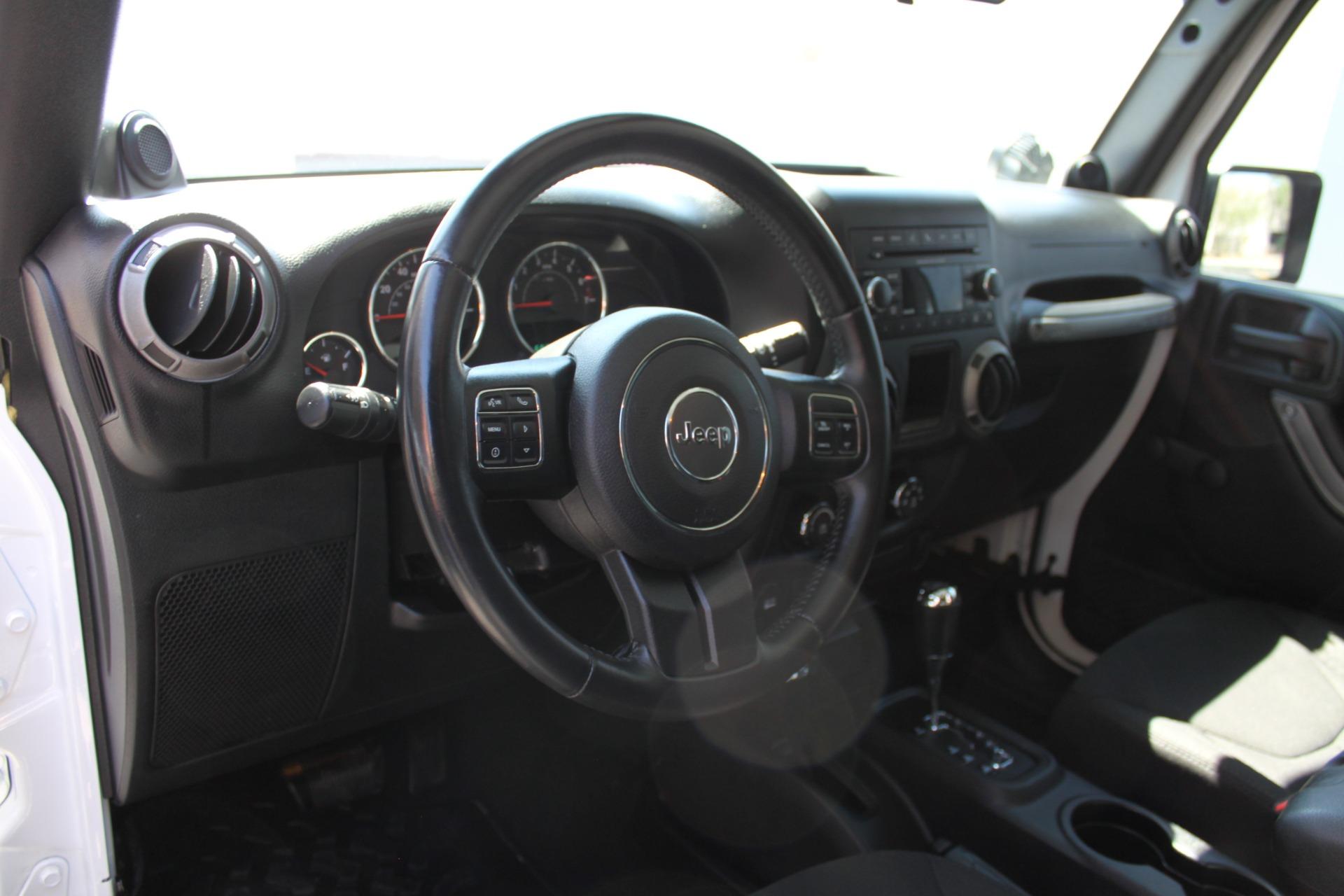 Used-2014-Jeep-Wrangler-Sport-4X4-BMW