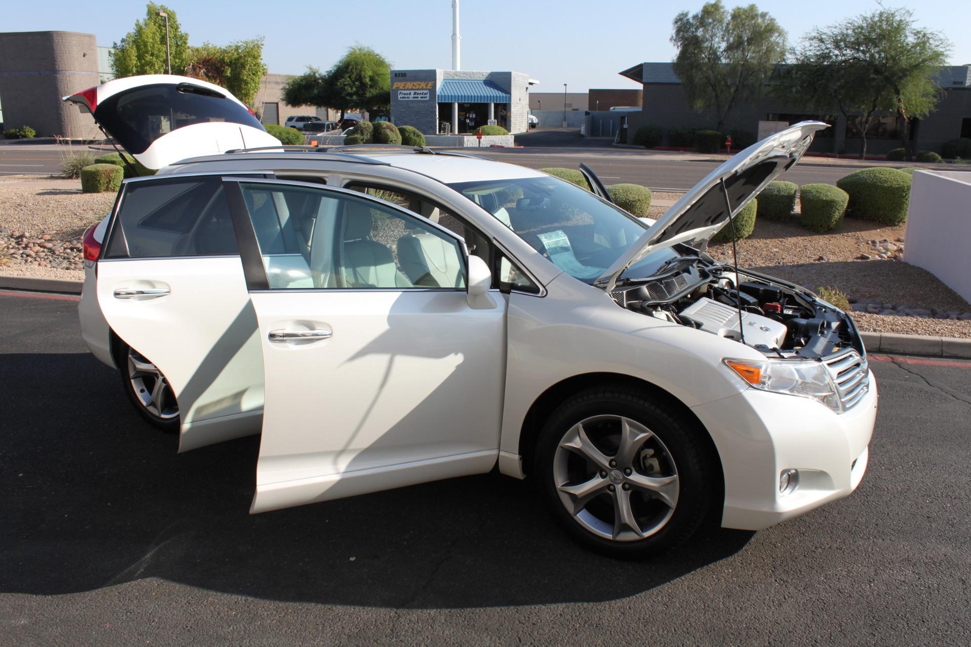 Used-2012-Toyota-Venza-XLE-Land-Cruiser