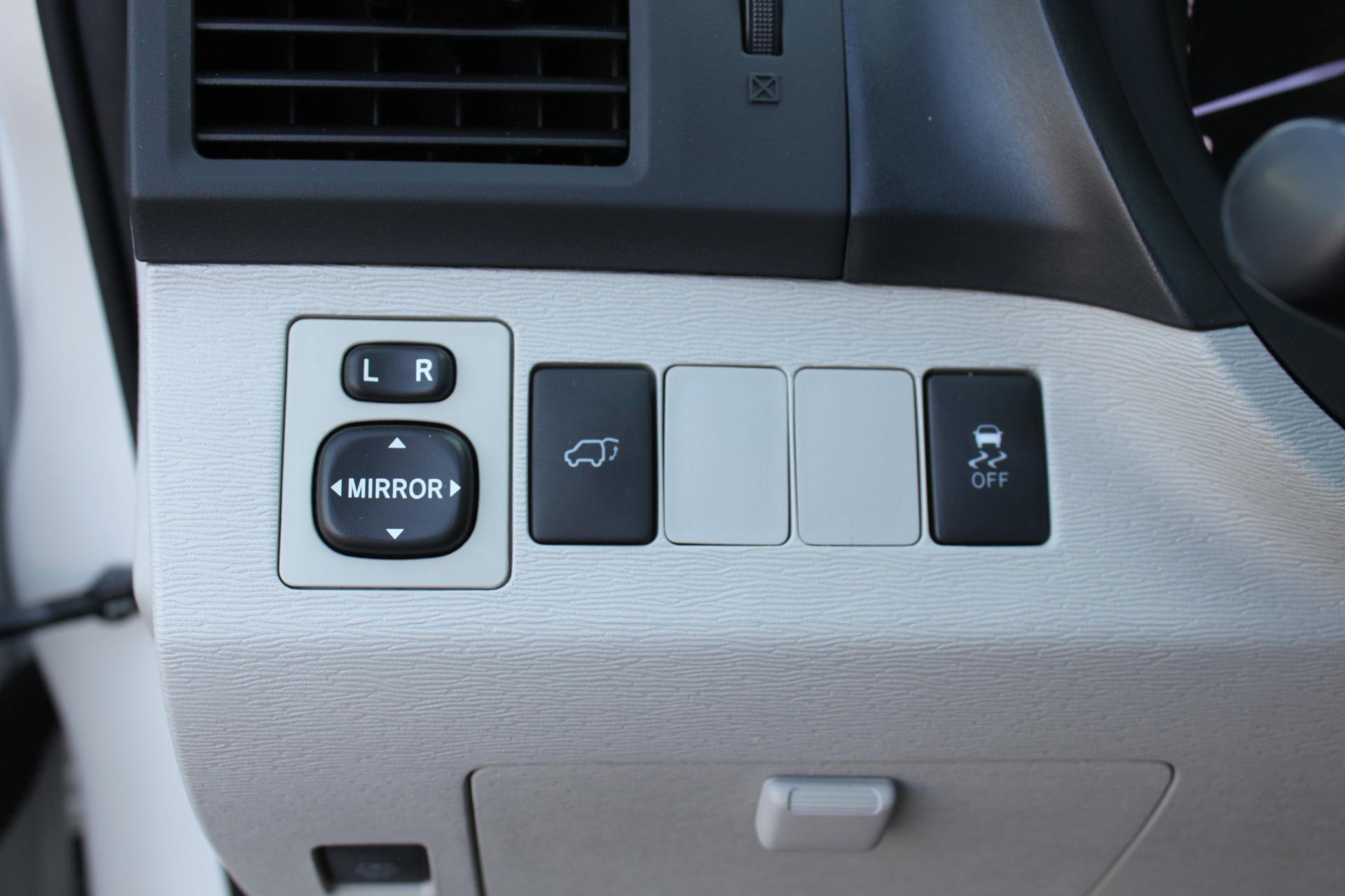 Used-2012-Toyota-Venza-XLE-Lamborghini