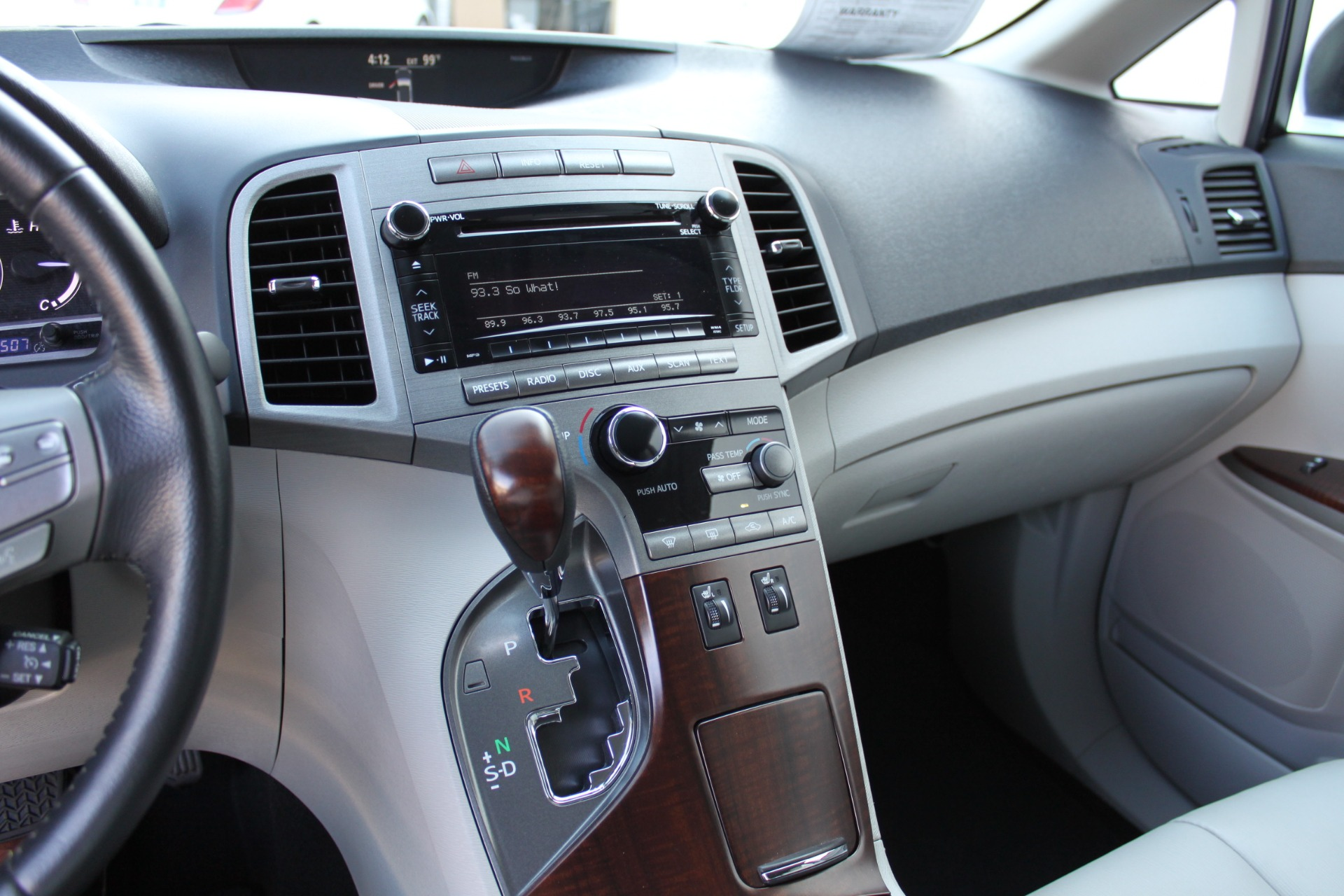 Used-2012-Toyota-Venza-XLE-Lincoln