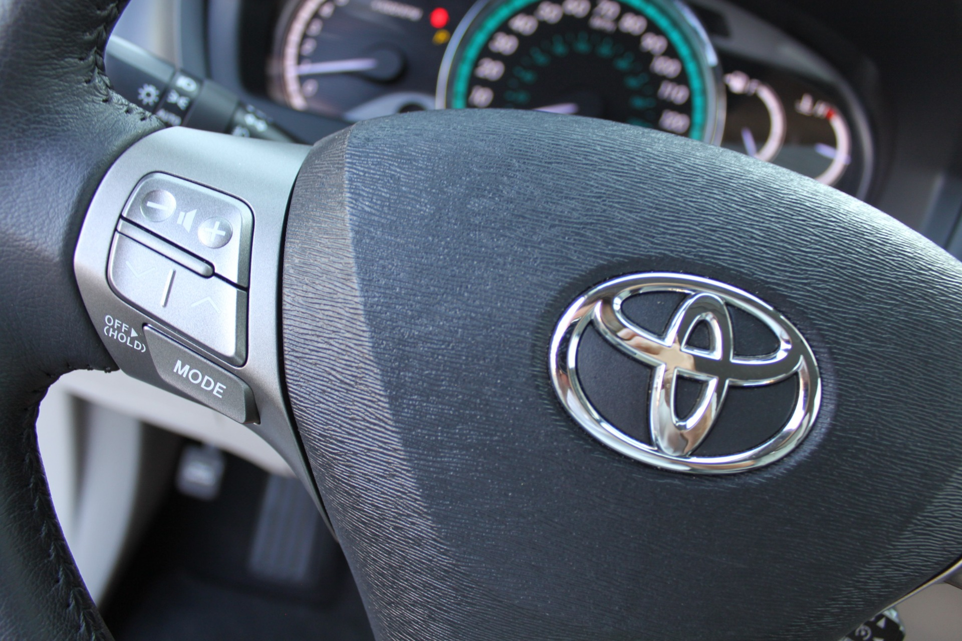 Used-2012-Toyota-Venza-XLE-Land-Rover