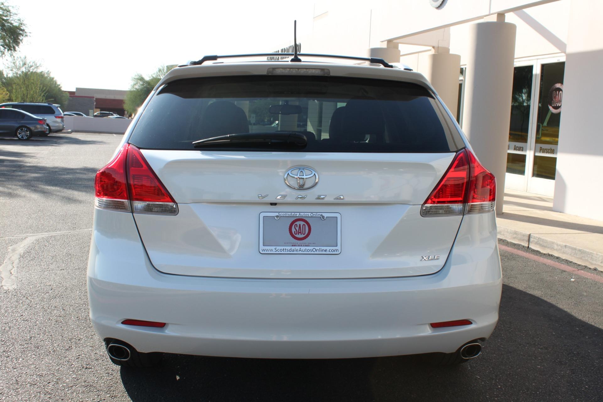 Used-2012-Toyota-Venza-XLE-Mopar