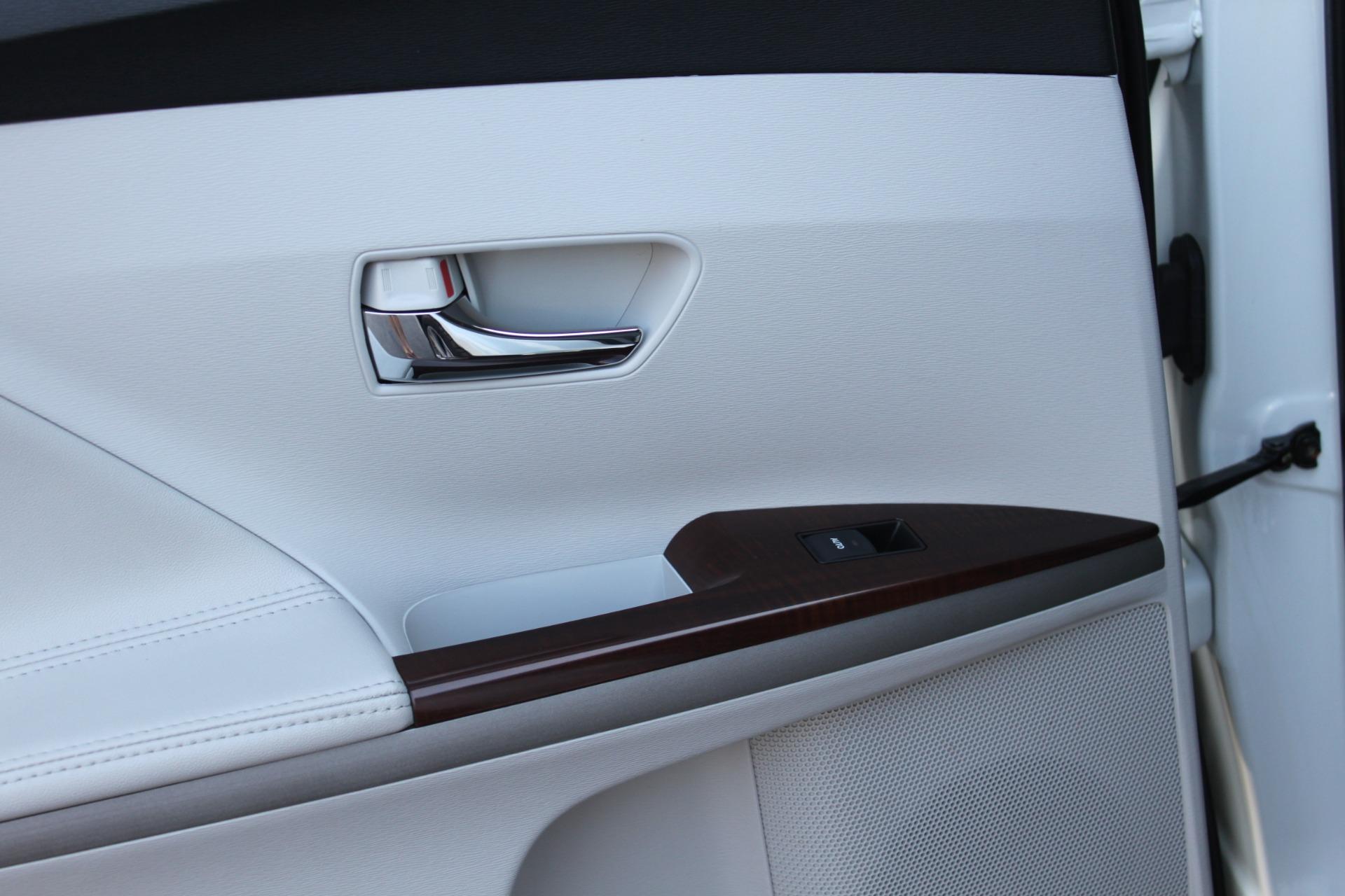 Used-2012-Toyota-Venza-XLE-Wrangler