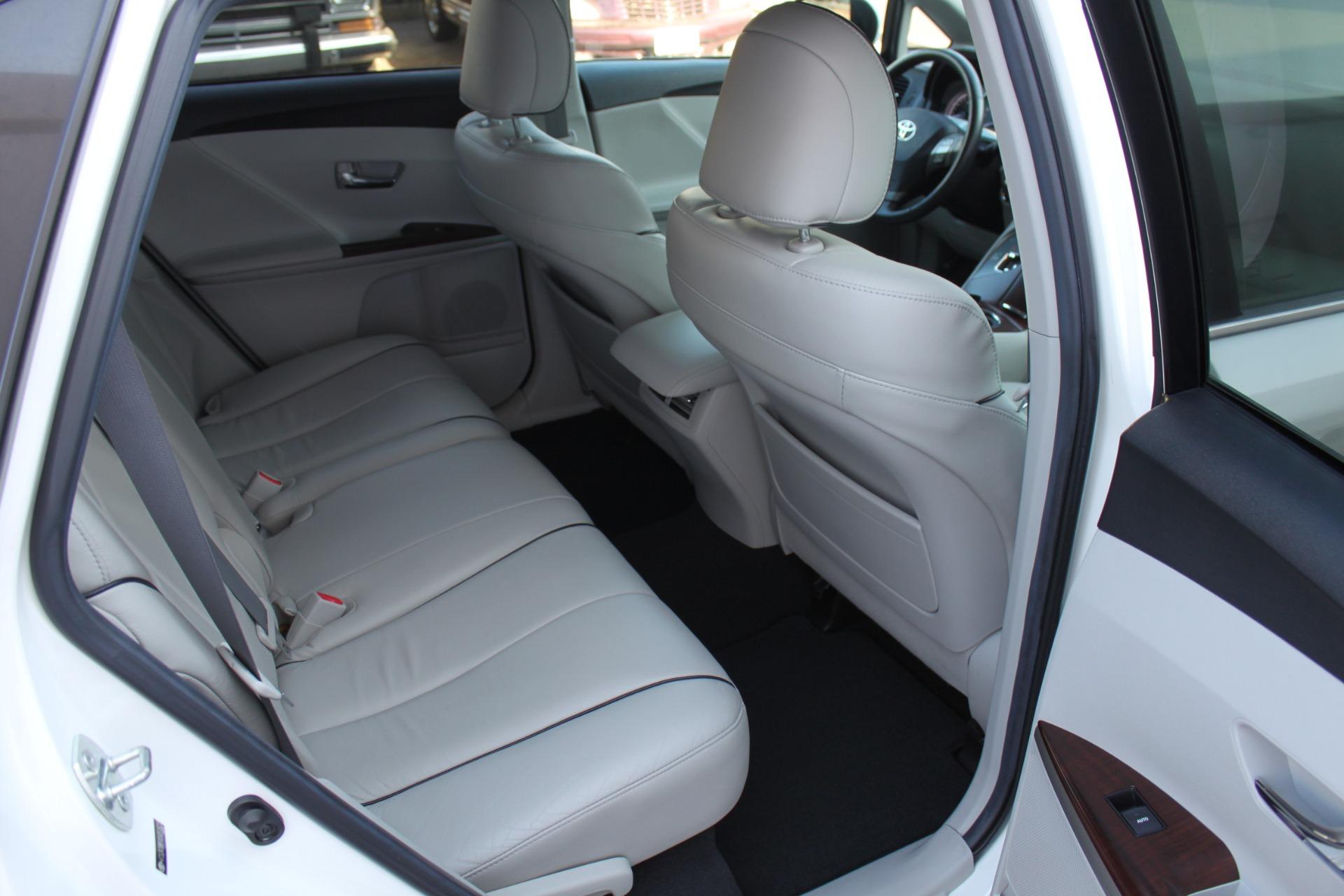 Used-2012-Toyota-Venza-XLE-Acura