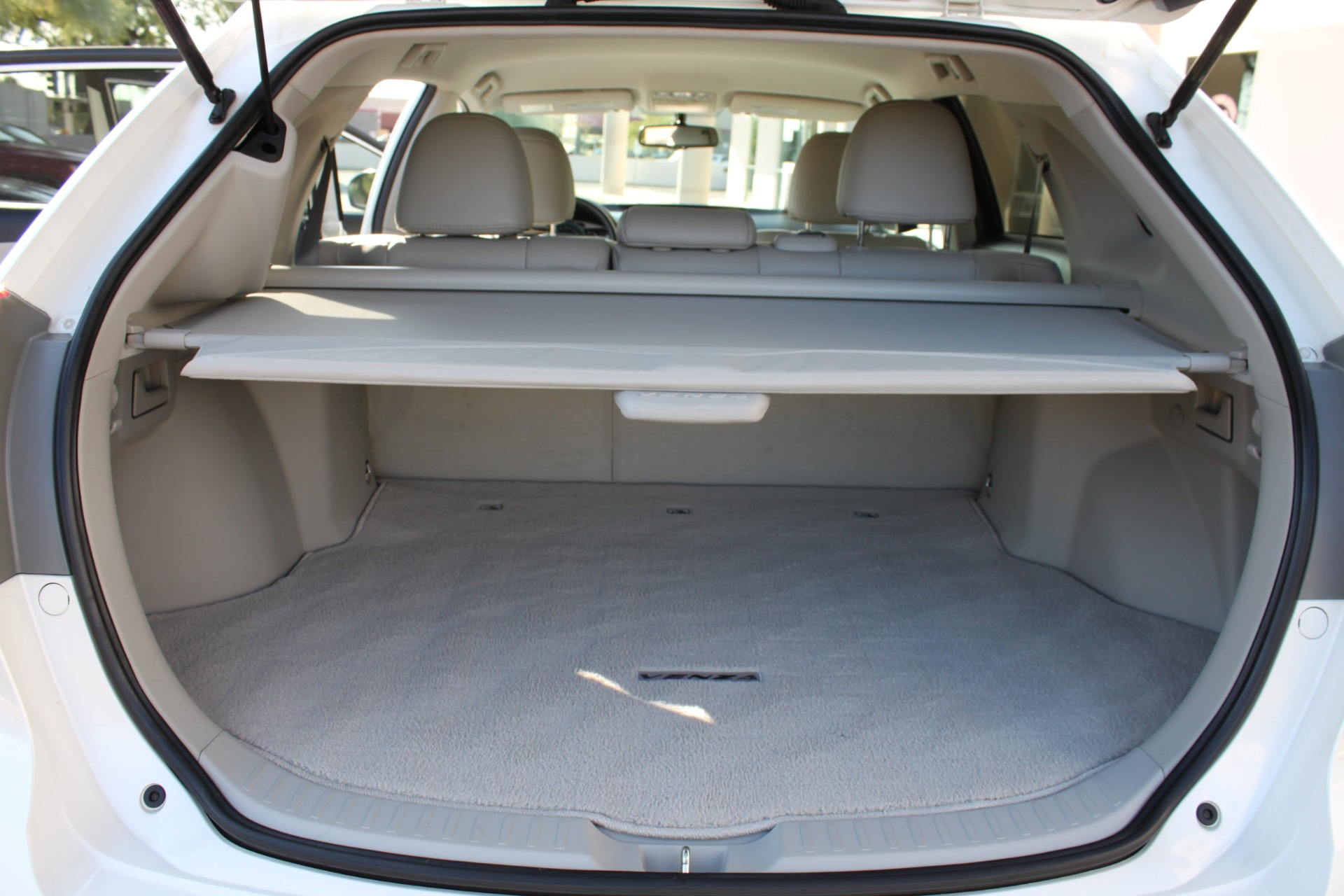 Used-2012-Toyota-Venza-XLE-Chevrolet