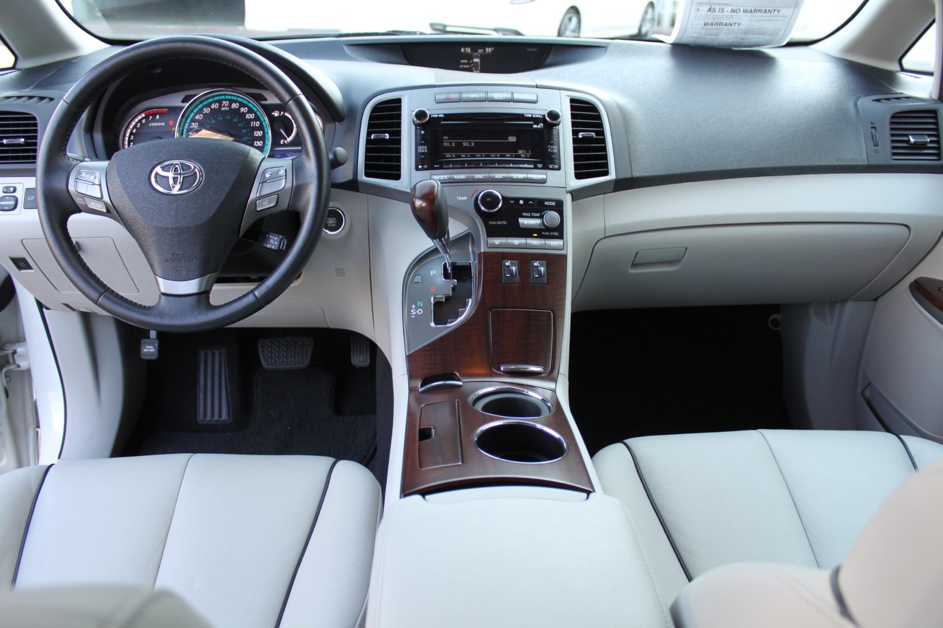 Used-2012-Toyota-Venza-XLE-BMW
