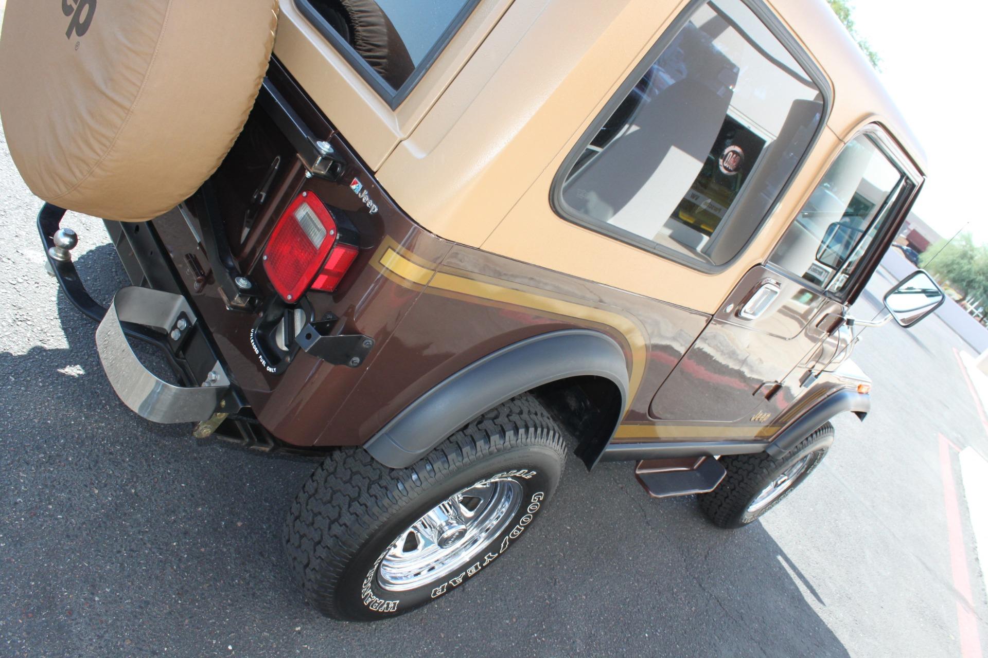 Used-1985-Jeep-CJ-7-Laredo-4WD-Lexus