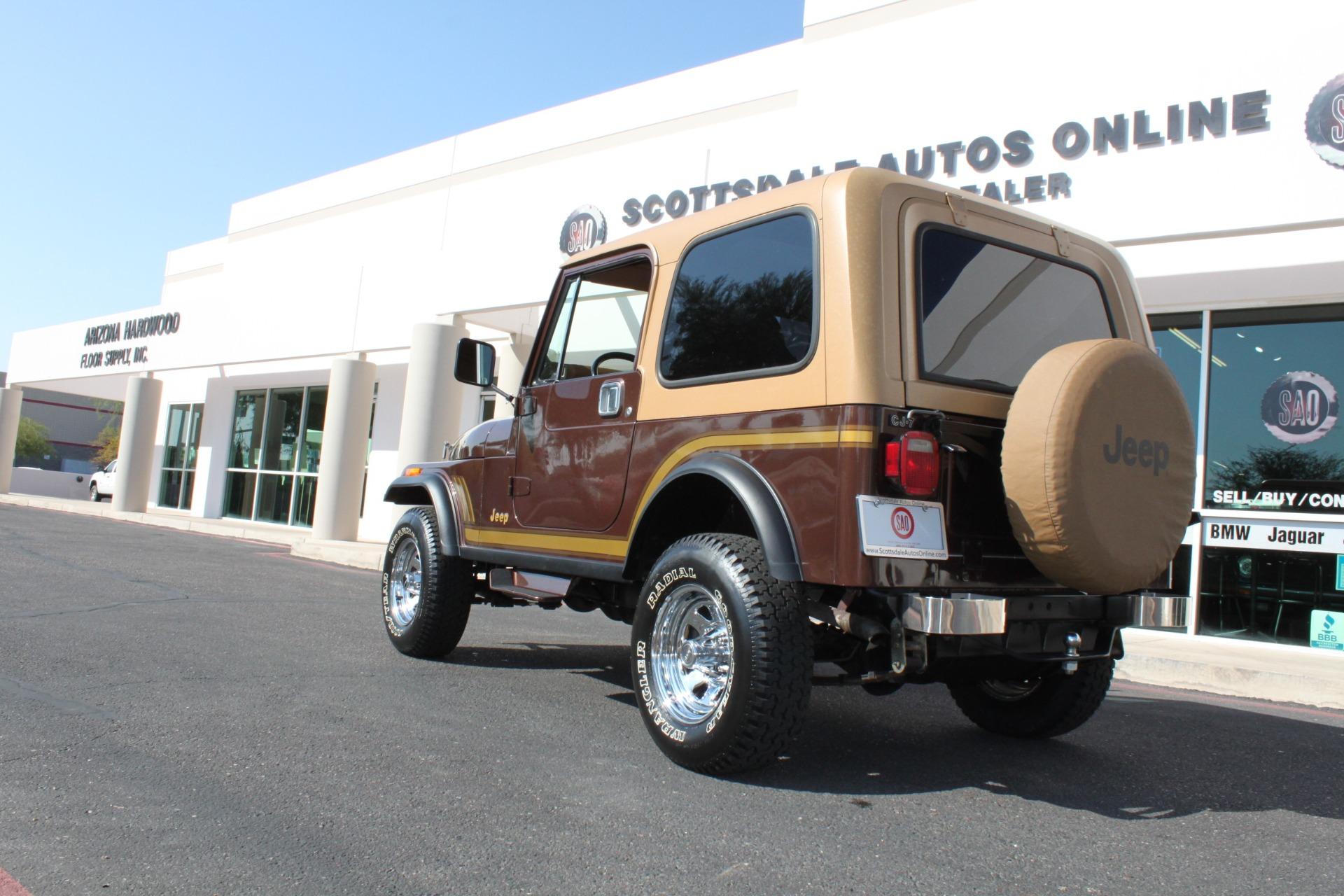 Used-1985-Jeep-CJ-7-Laredo-4WD-LS400