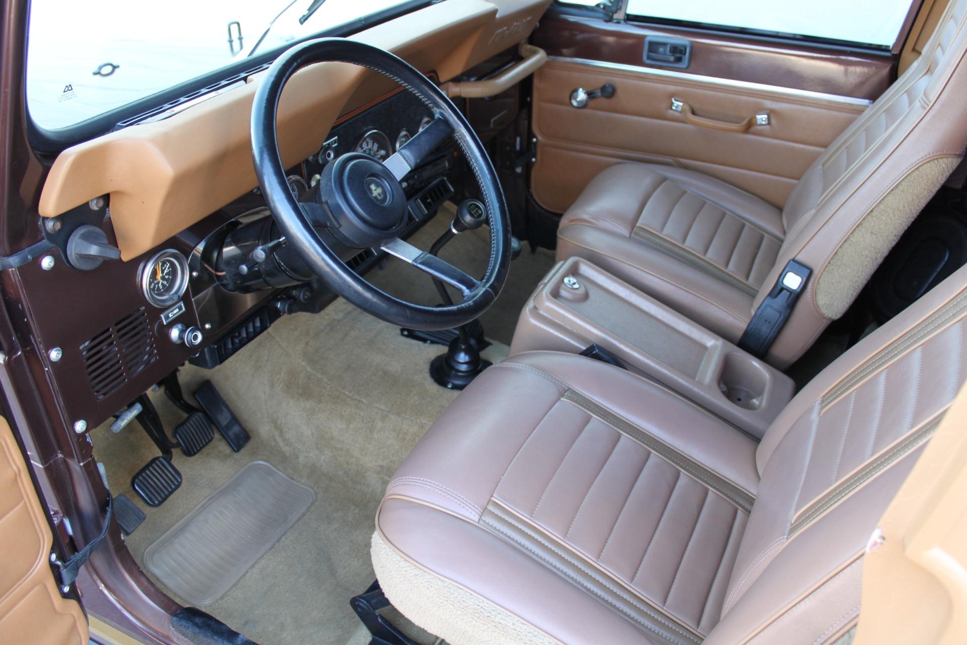 Used-1985-Jeep-CJ-7-Laredo-4WD-vintage