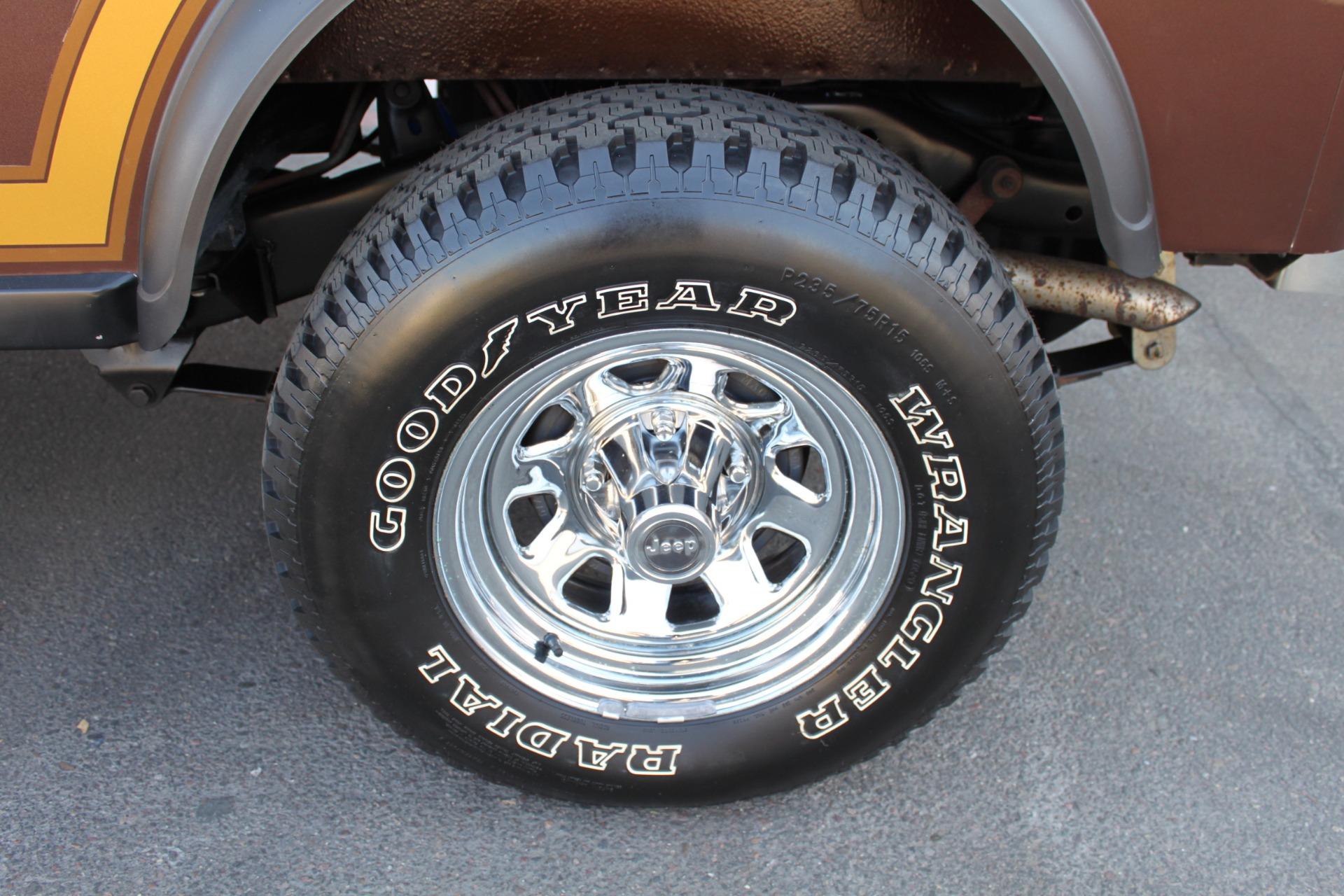Used-1985-Jeep-CJ-7-Laredo-4WD-Land-Rover