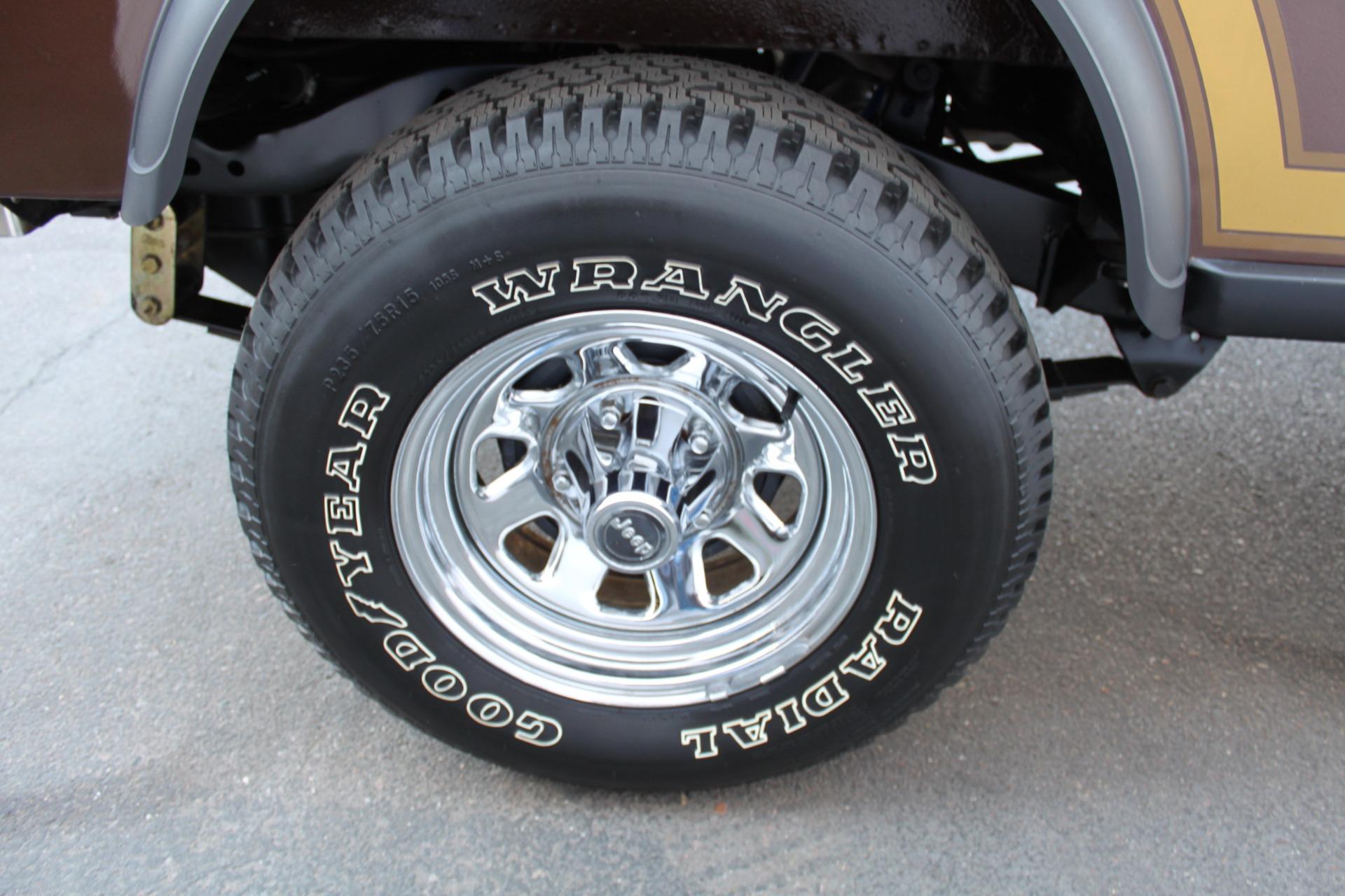 Used-1985-Jeep-CJ-7-Laredo-4WD-Porsche