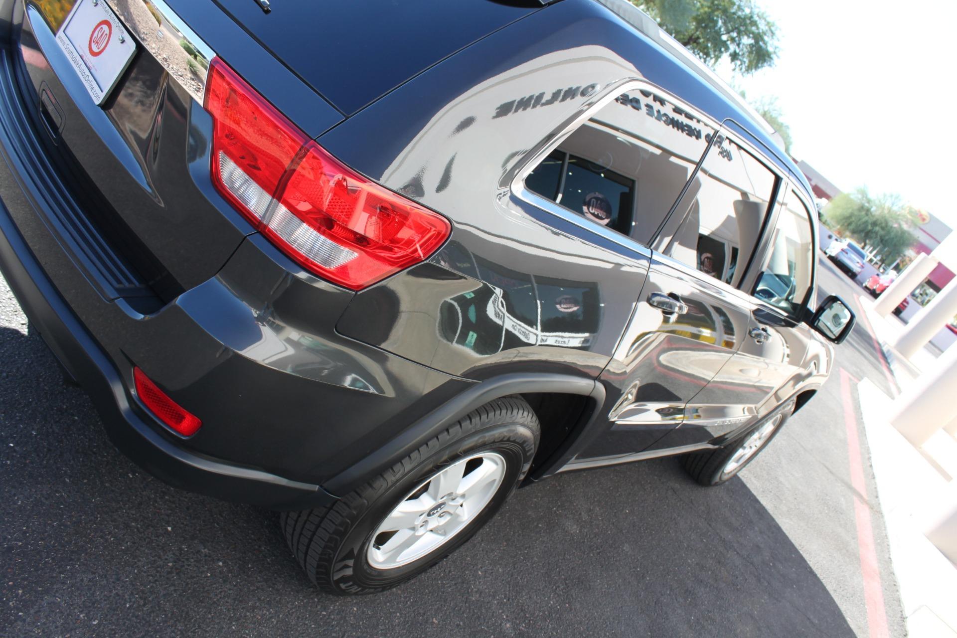 Used-2011-Jeep-Grand-Cherokee-Laredo-Audi