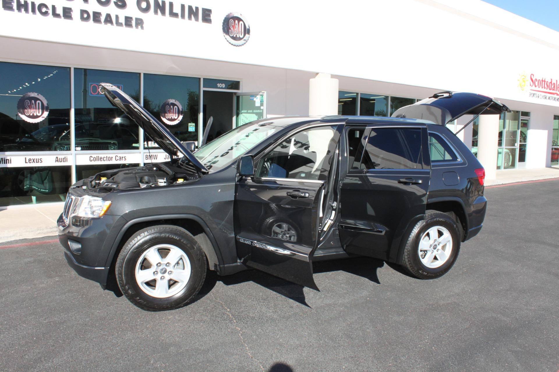 Used-2011-Jeep-Grand-Cherokee-Laredo-Alfa-Romeo
