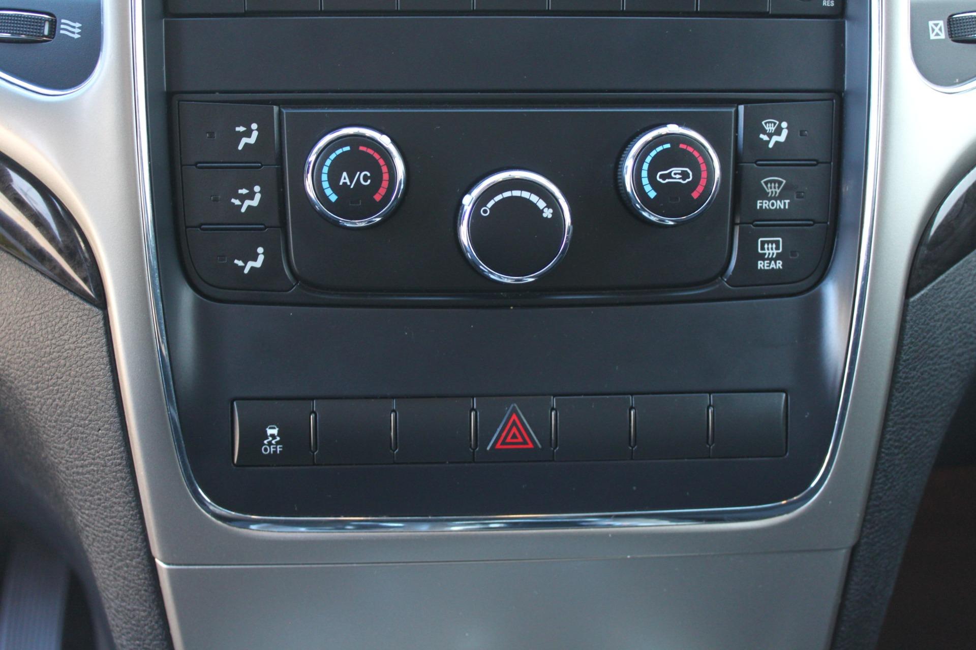 Used-2011-Jeep-Grand-Cherokee-Laredo-Land-Rover