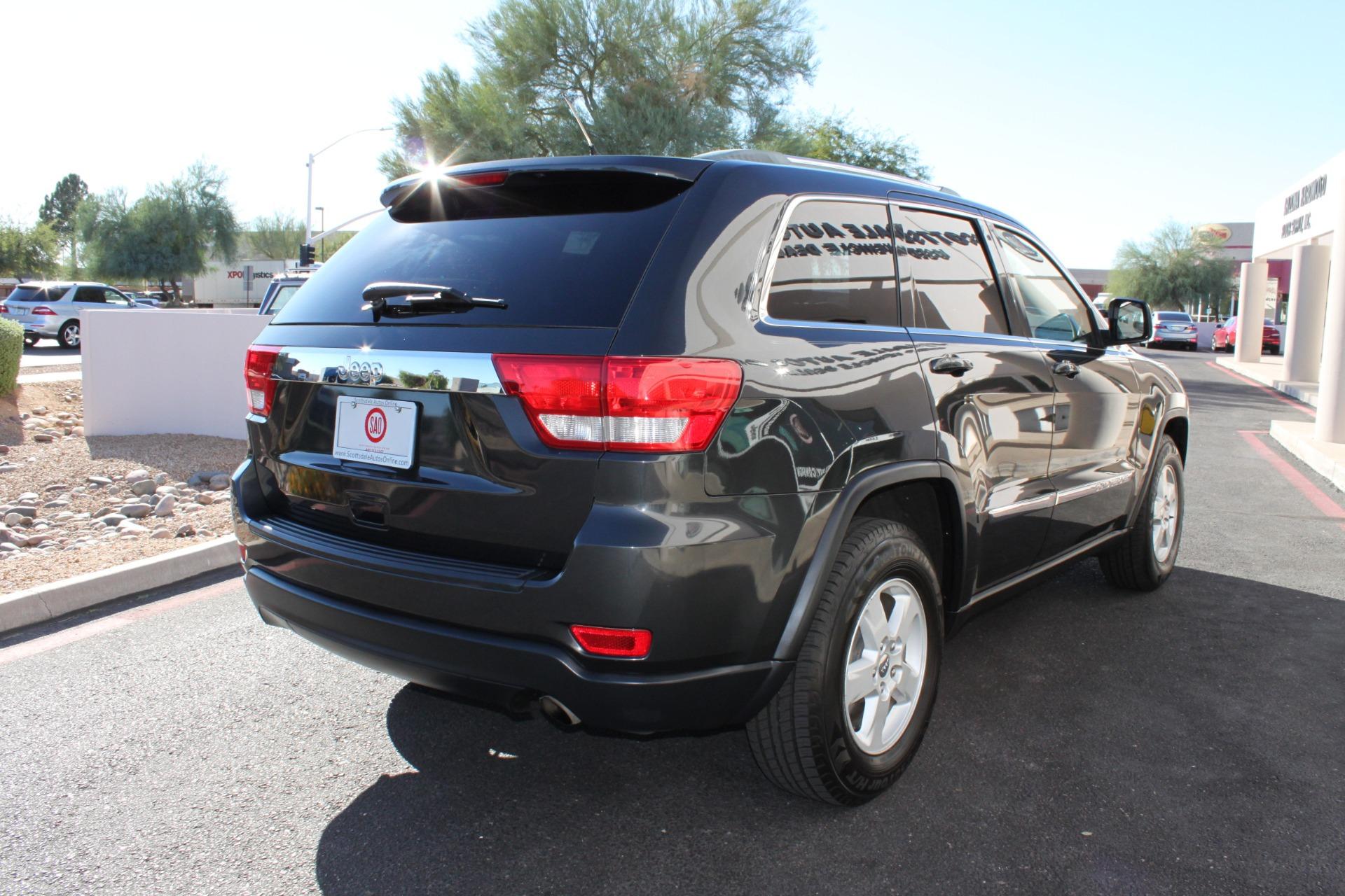 Used-2011-Jeep-Grand-Cherokee-Laredo-Classic