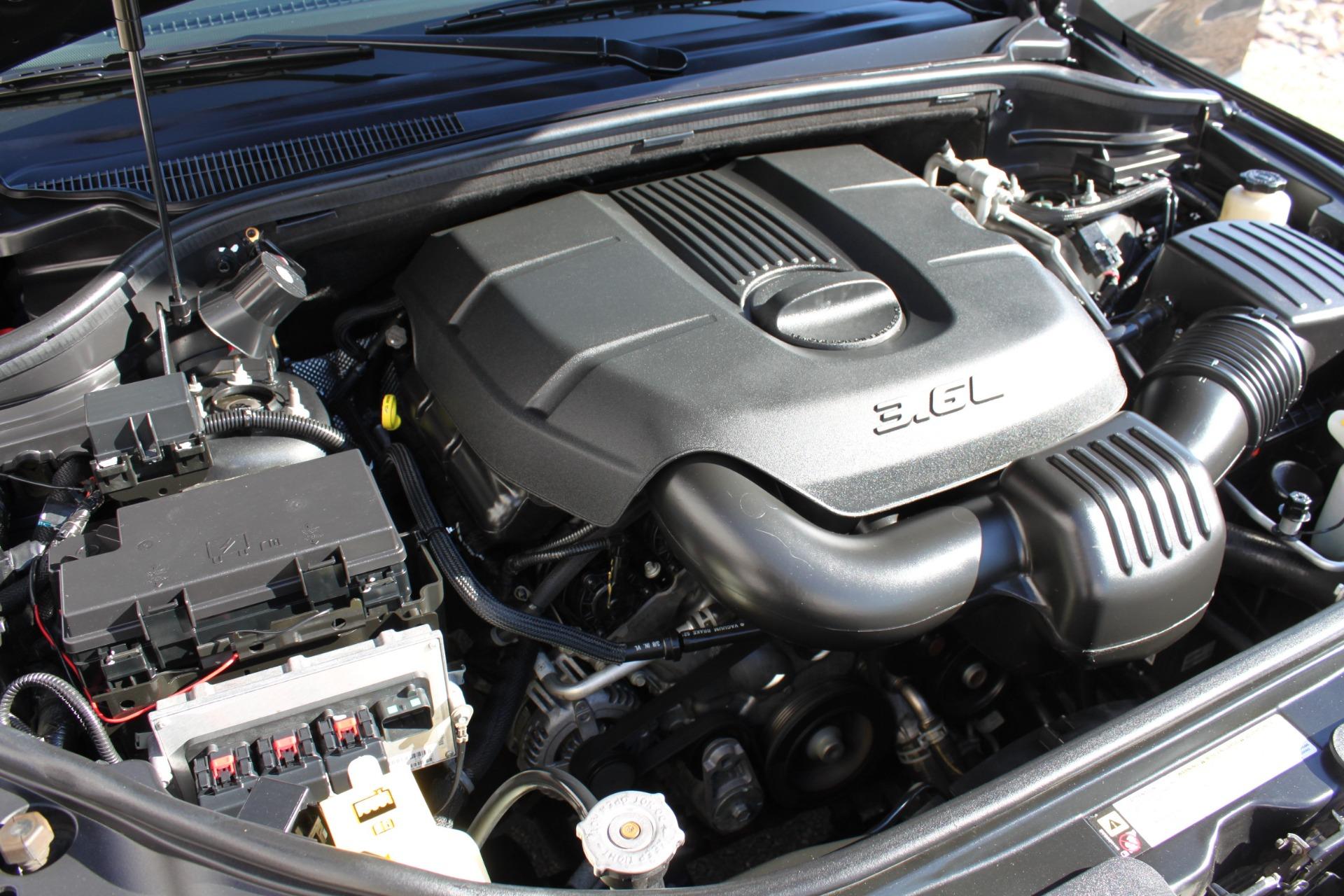 Used-2011-Jeep-Grand-Cherokee-Laredo-Lexus