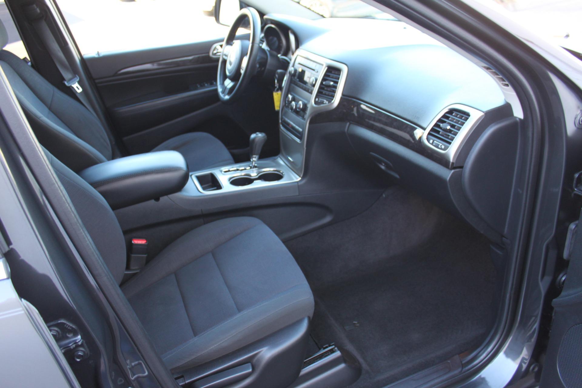 Used-2011-Jeep-Grand-Cherokee-Laredo-BMW