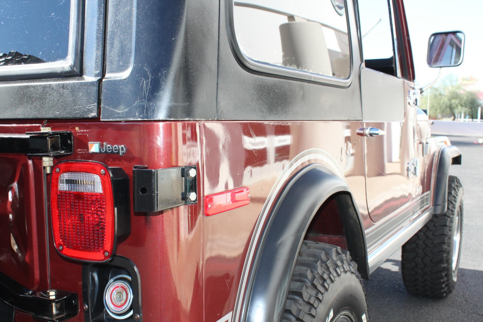 Used-1980-Jeep-CJ7-4WD-Mini